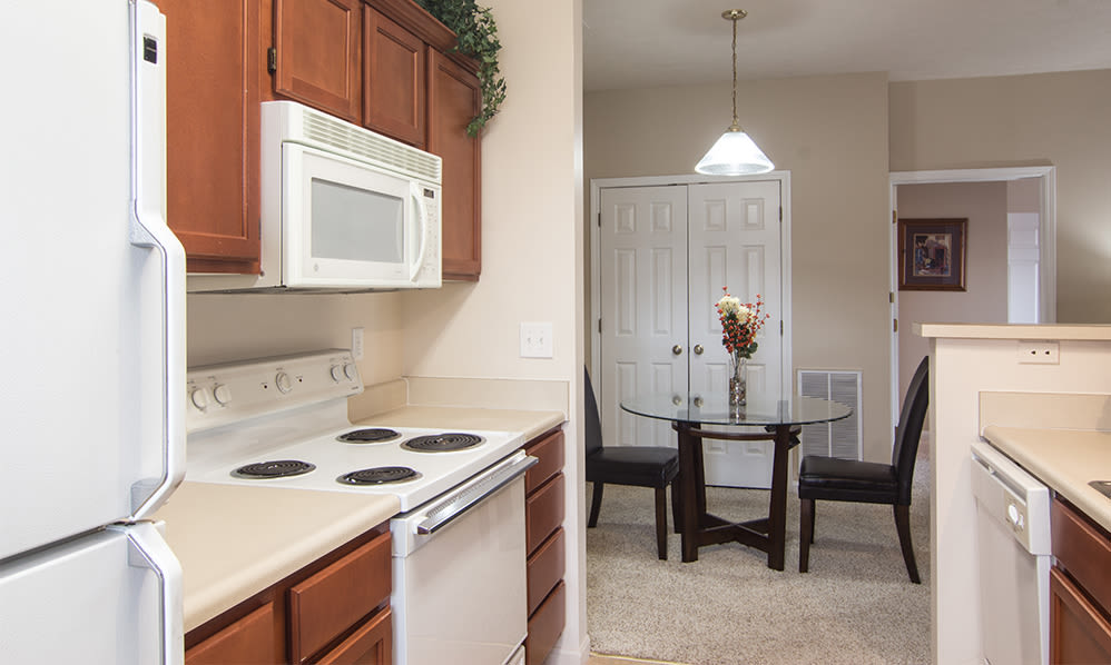 Kitchen at Avalon at Northbrook Apartments & Townhomes in Fort Wayne, Indiana