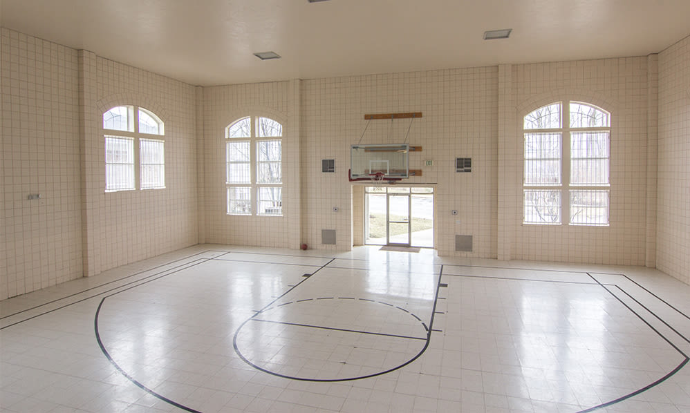 Indoor sport court at Avalon at Northbrook Apartments & Townhomes in Fort Wayne, Indiana
