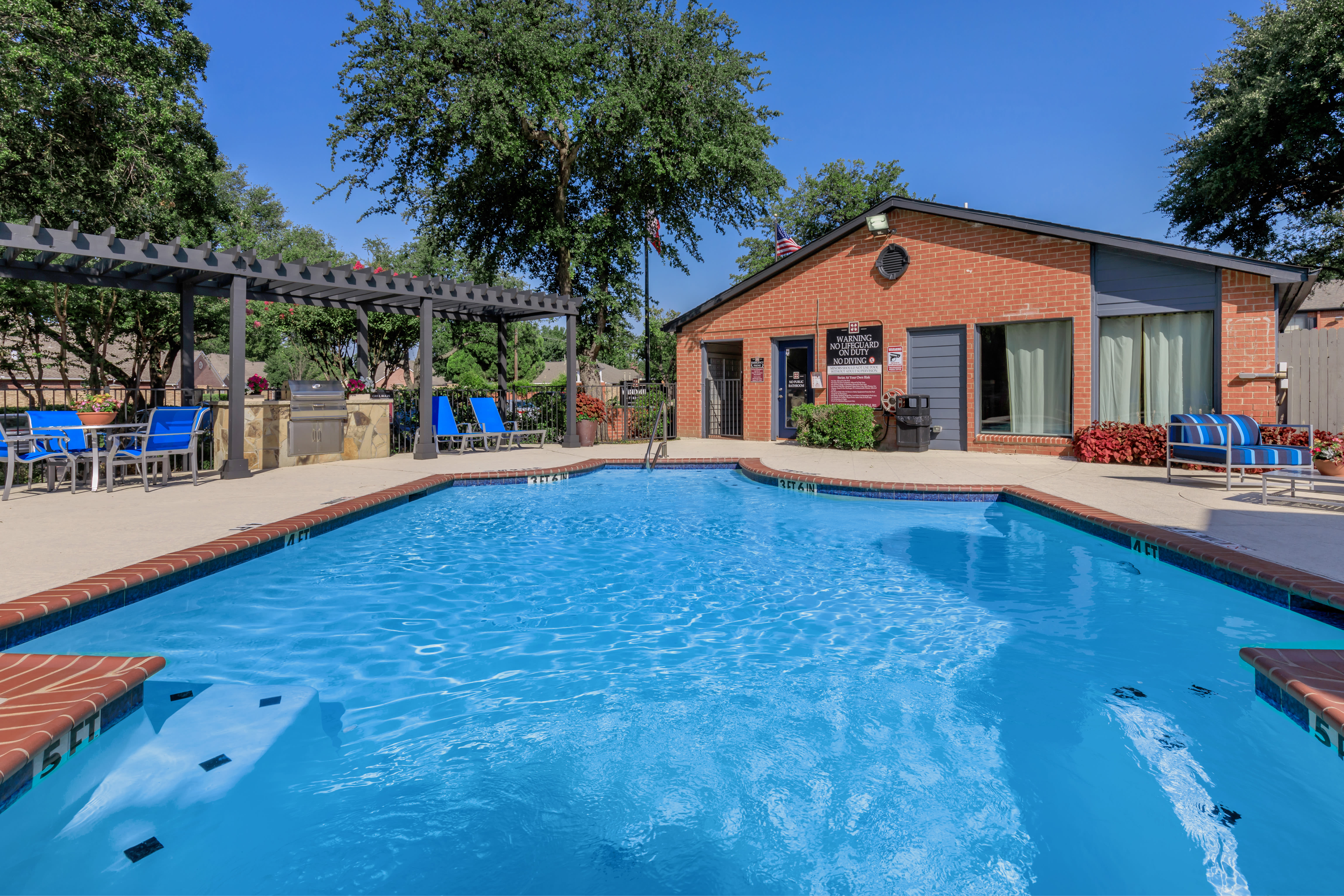 Sparkling swimming pool at Windmill Terrace in Bedford, Texas