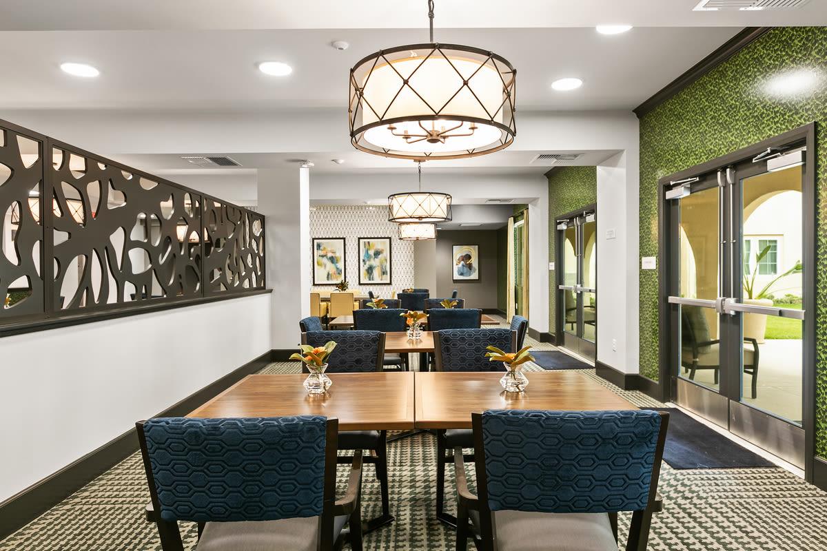 Dining tables at Estancia Senior Living in Fallbrook, California