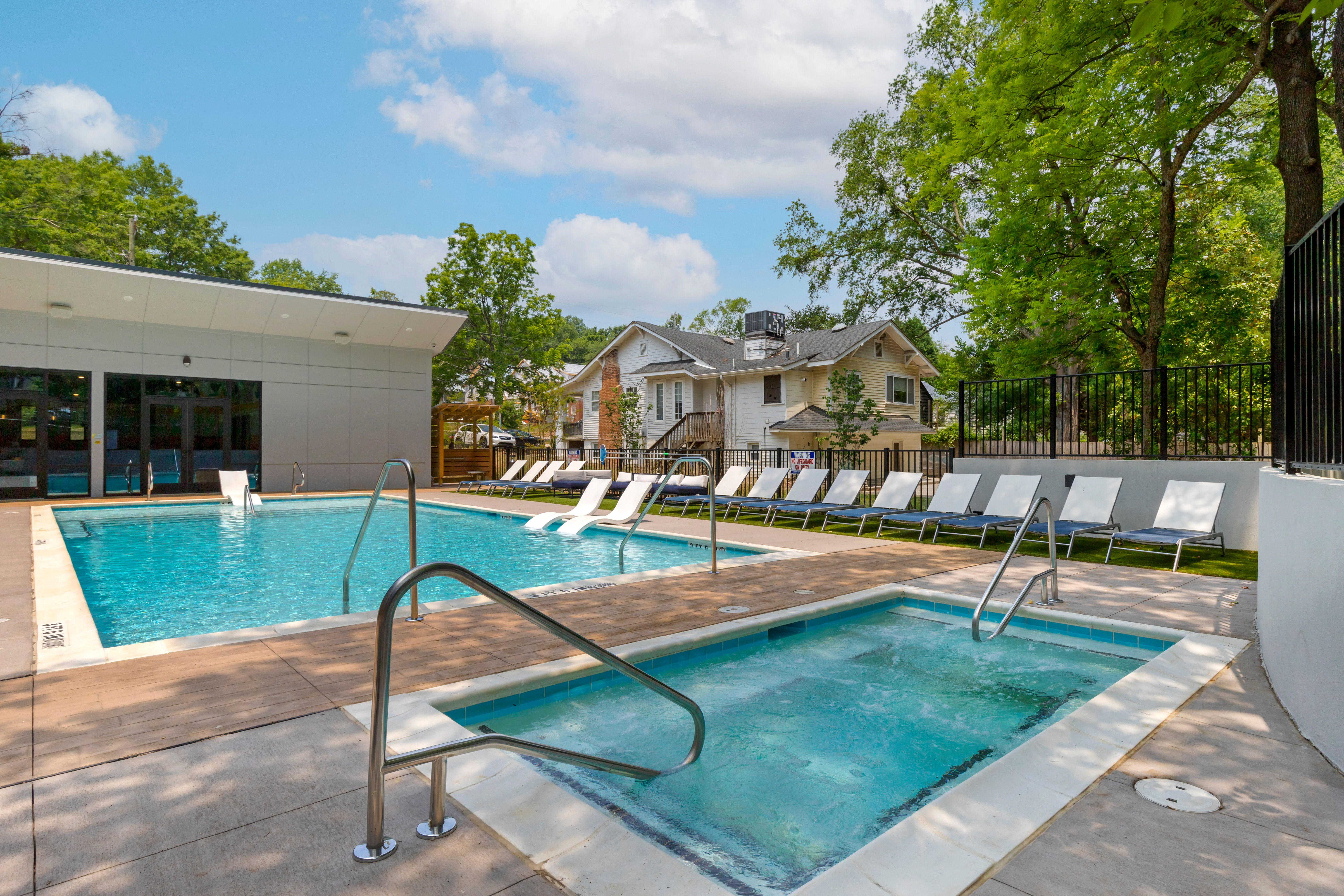 Jacuzzi at UNCOMMON Raleigh in Raleigh, North Carolina