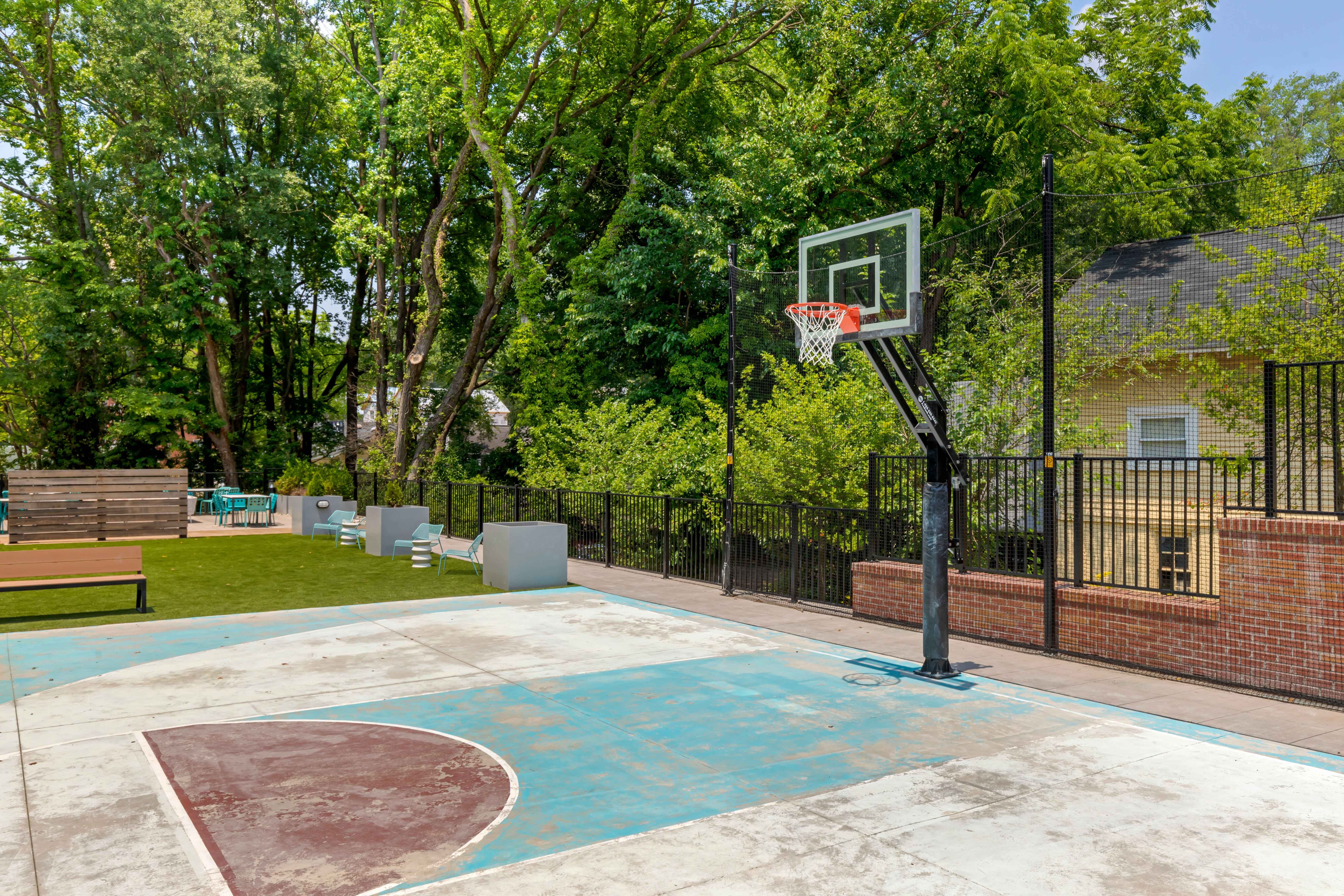 Basketball court at UNCOMMON Raleigh in Raleigh, North Carolina