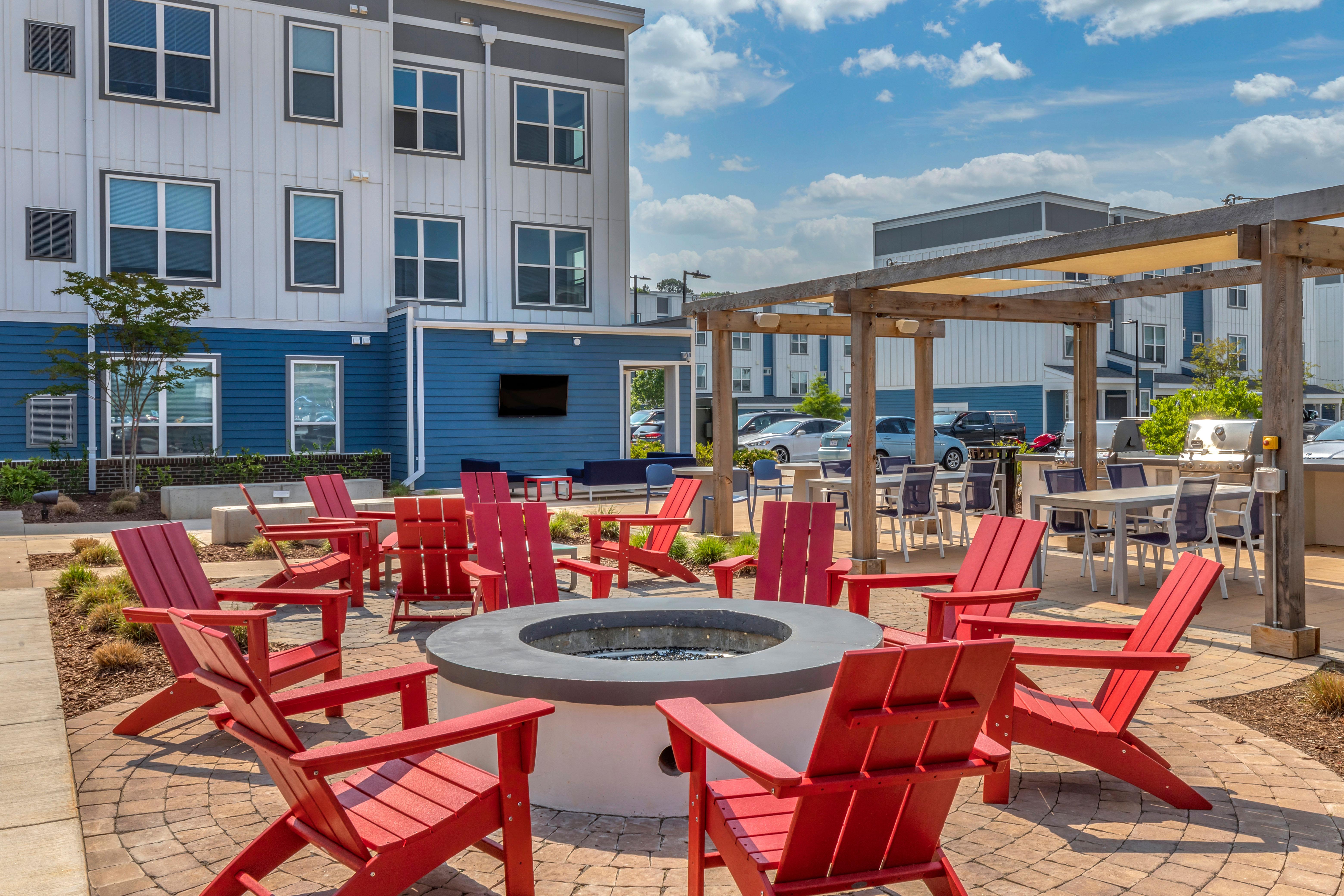 Outdoor courtyard lounge at LATITUDE on Hillsborough in Raleigh, North Carolina