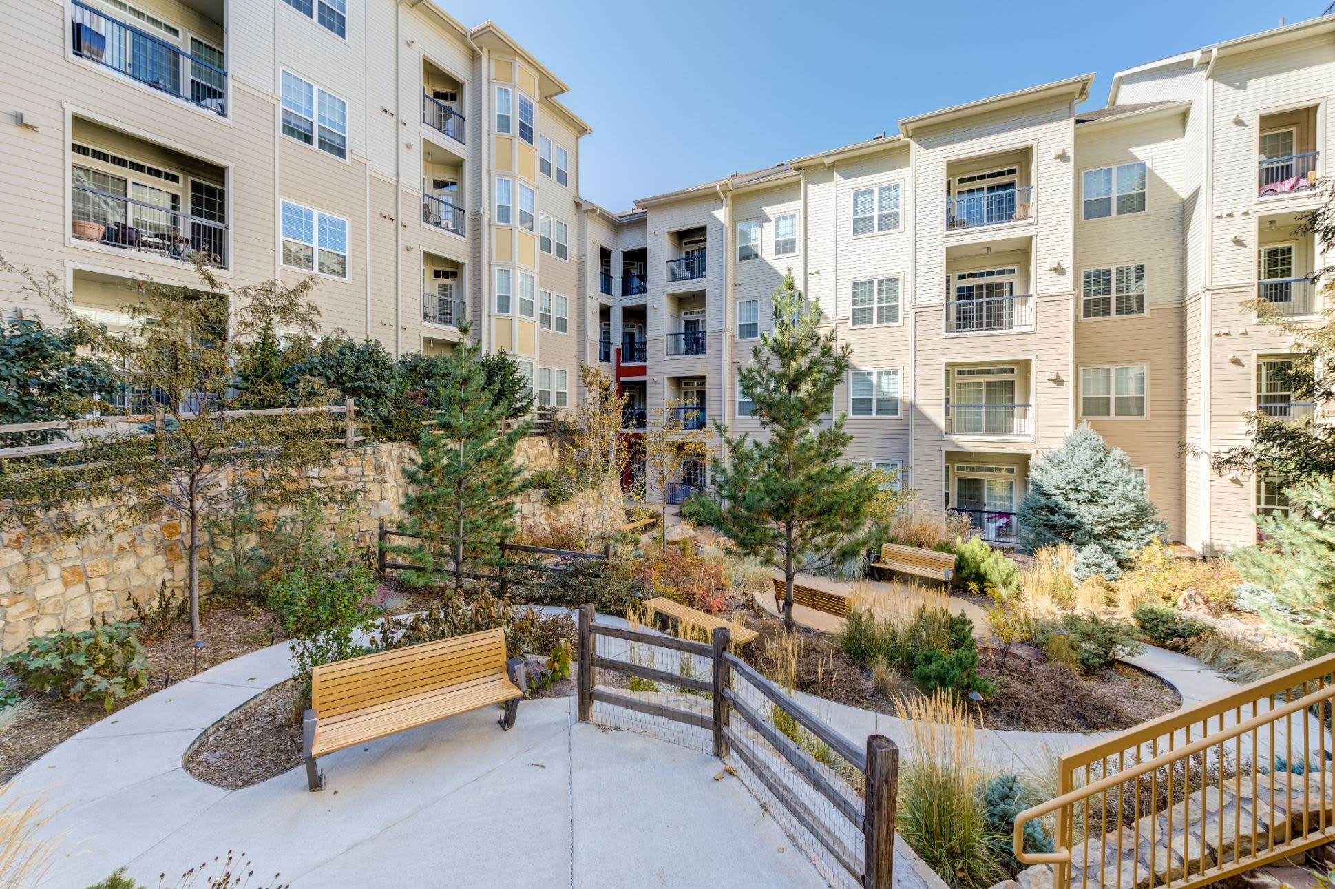Beautifully landscaped courtyard at The Marq at Ridgegate in Lone Tree, Colorado