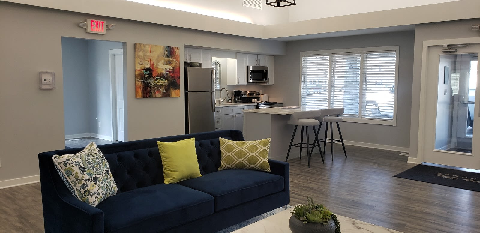 Community kitchen at Brittany Bay Apartments and Townhomes in Groveport, Ohio