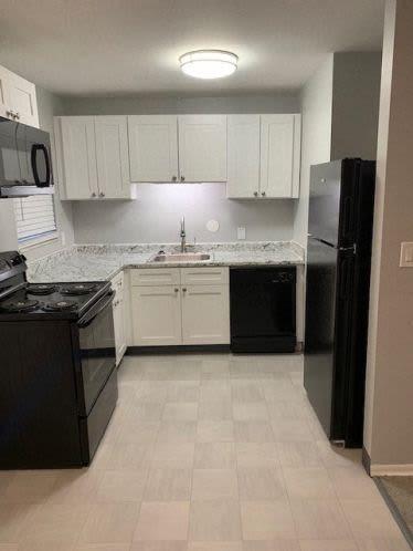 Model kitchen at Andrus Court Apartments in Columbus, Ohio
