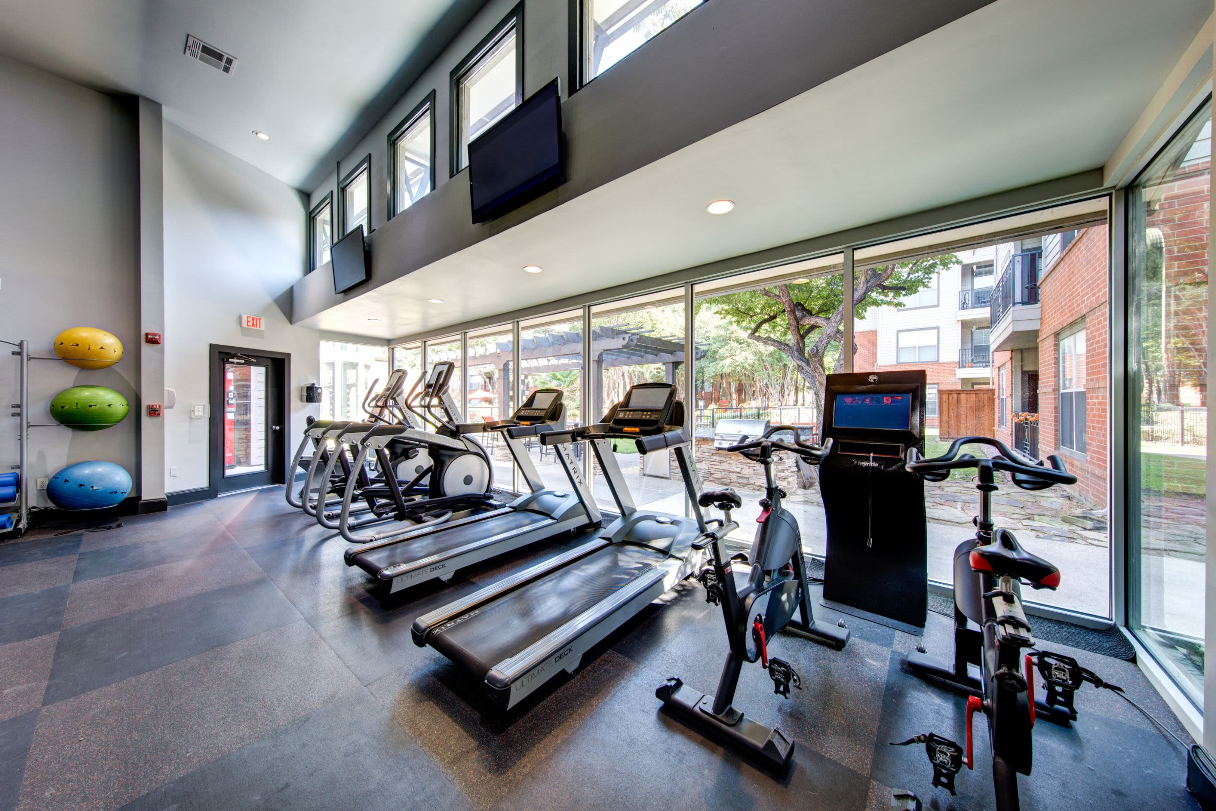 Fitness center at Marquis on Gaston in Dallas, Texas