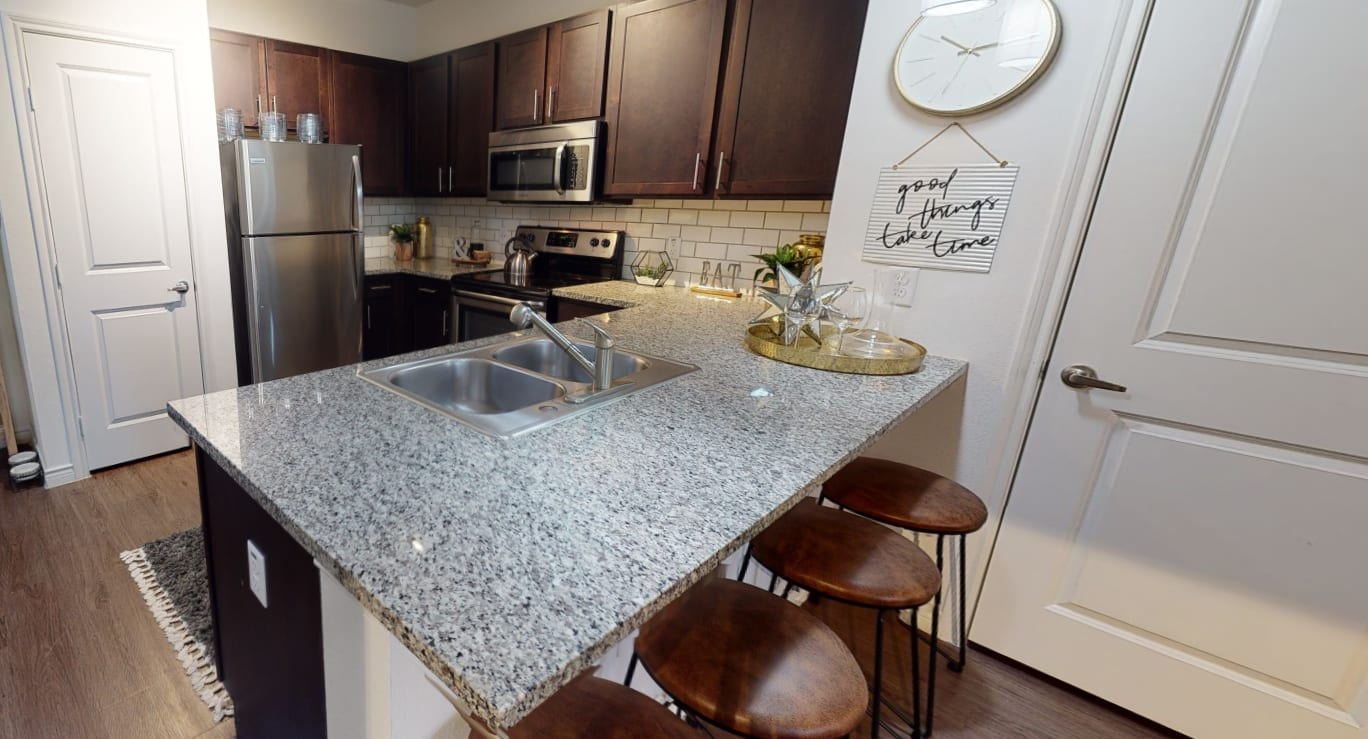 View virtual tour for 2 bedroom 2 bathroom unit at 4 Corners Apartments in Frisco, Texas