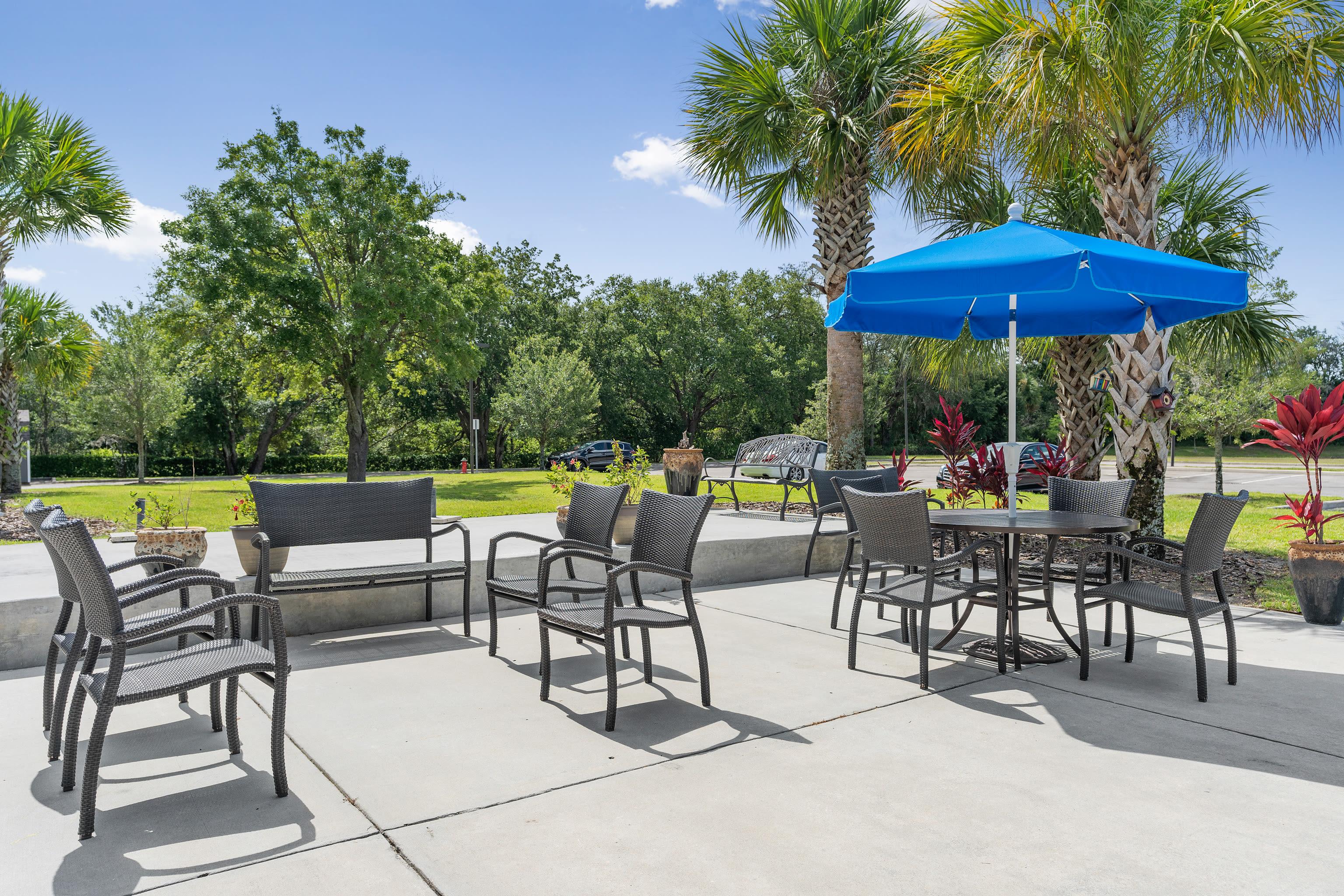 BBQ area at Gentry Park Orlando in Orlando, FL