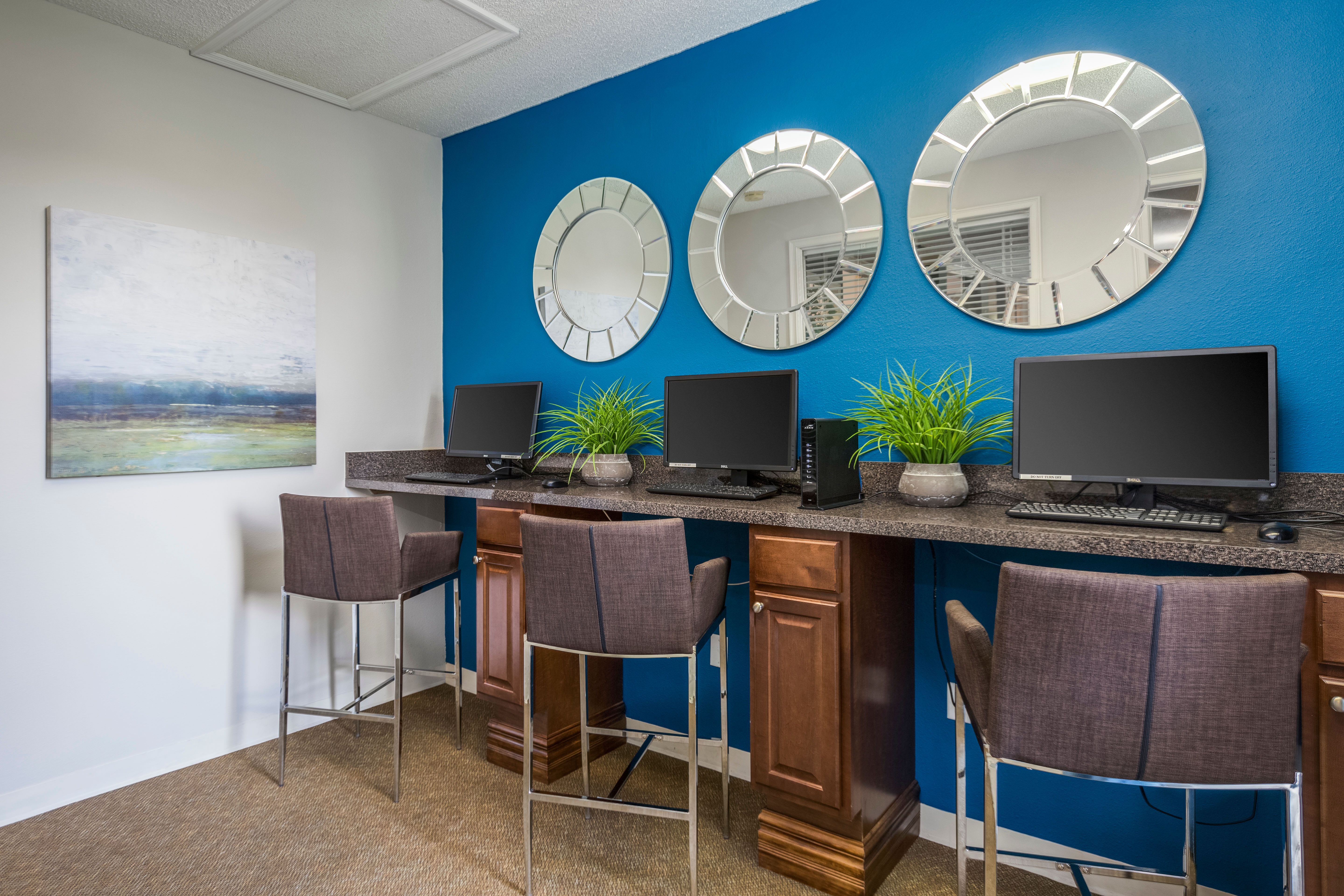 View virtual tour of the business center at Enclave at Lake Ellenor in Orlando, Florida