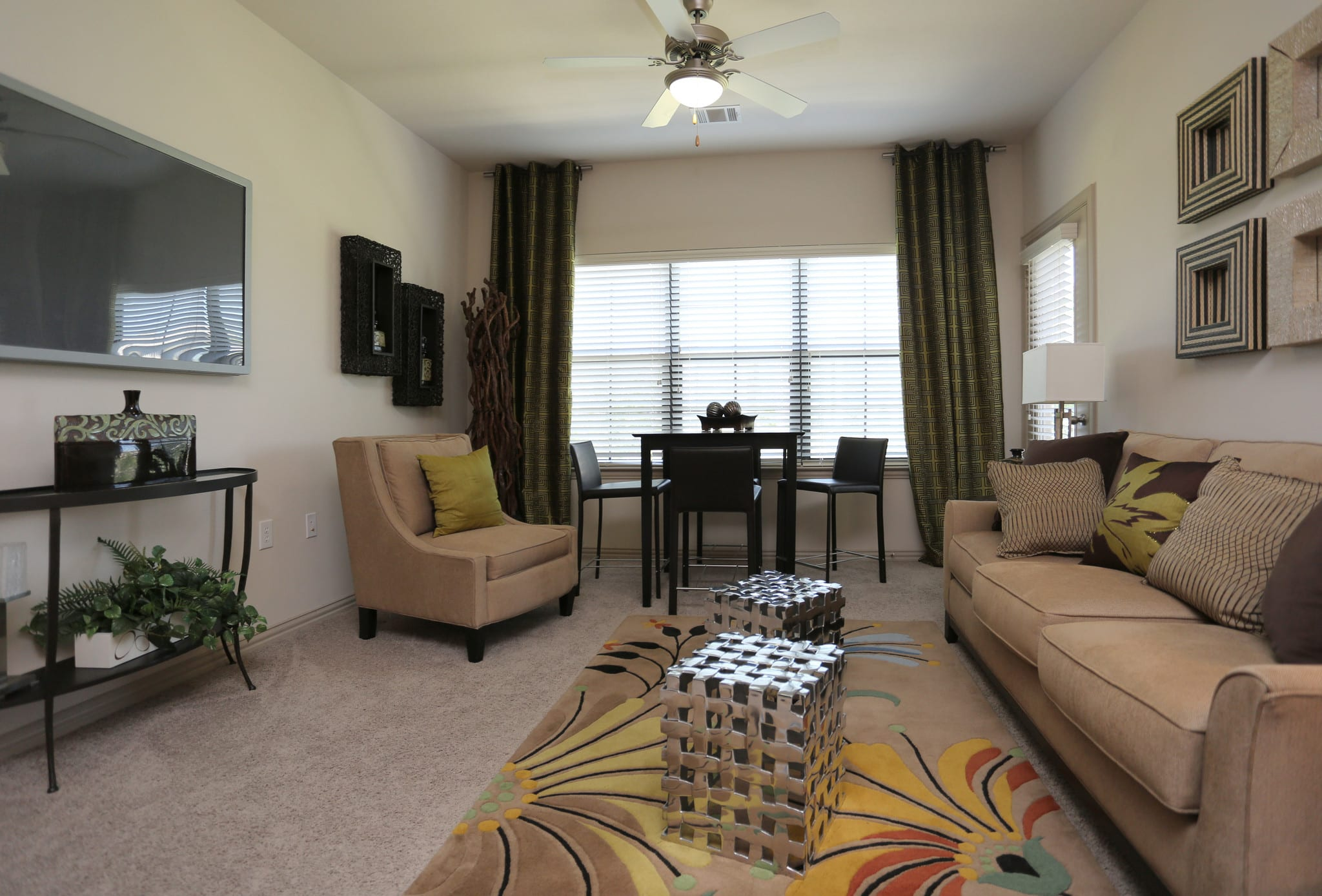 View virtual tour of a 2 bedroom 2 bathroom apartment at Evolv in Mansfield, Texas