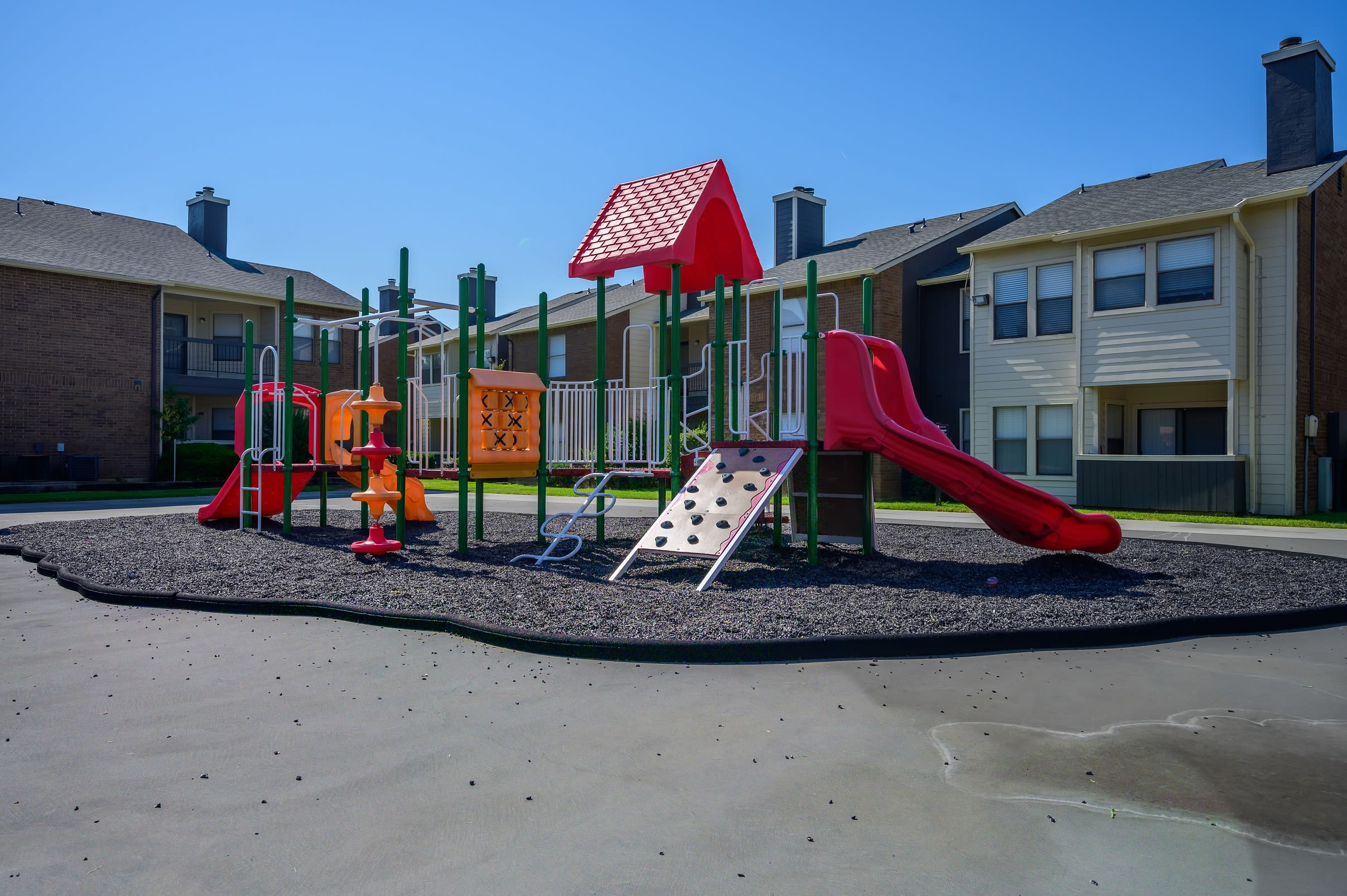 View virtual tour for the playground and dog park at Ridgeview Place in Irving, Texas