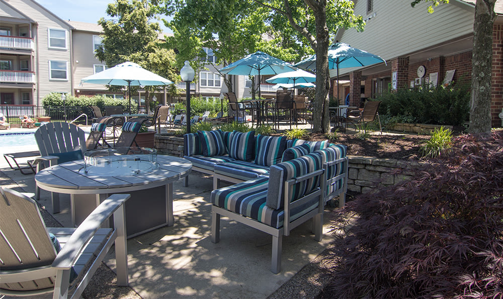Outdoor lounge seating at Club at North Hills in Pittsburgh, Pennsylvania