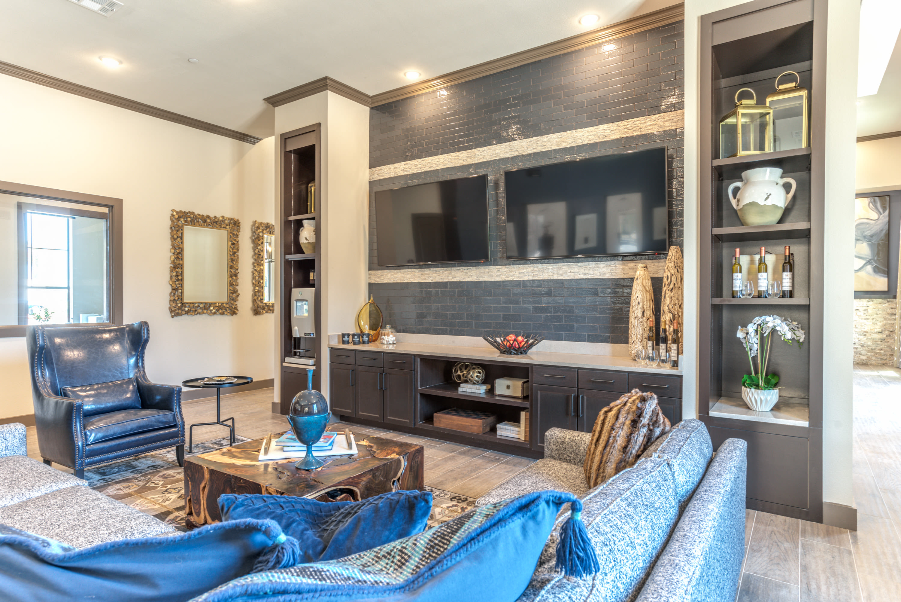 View virtual tour for the coffee lounge at Waterford Trails in Spring, Texas