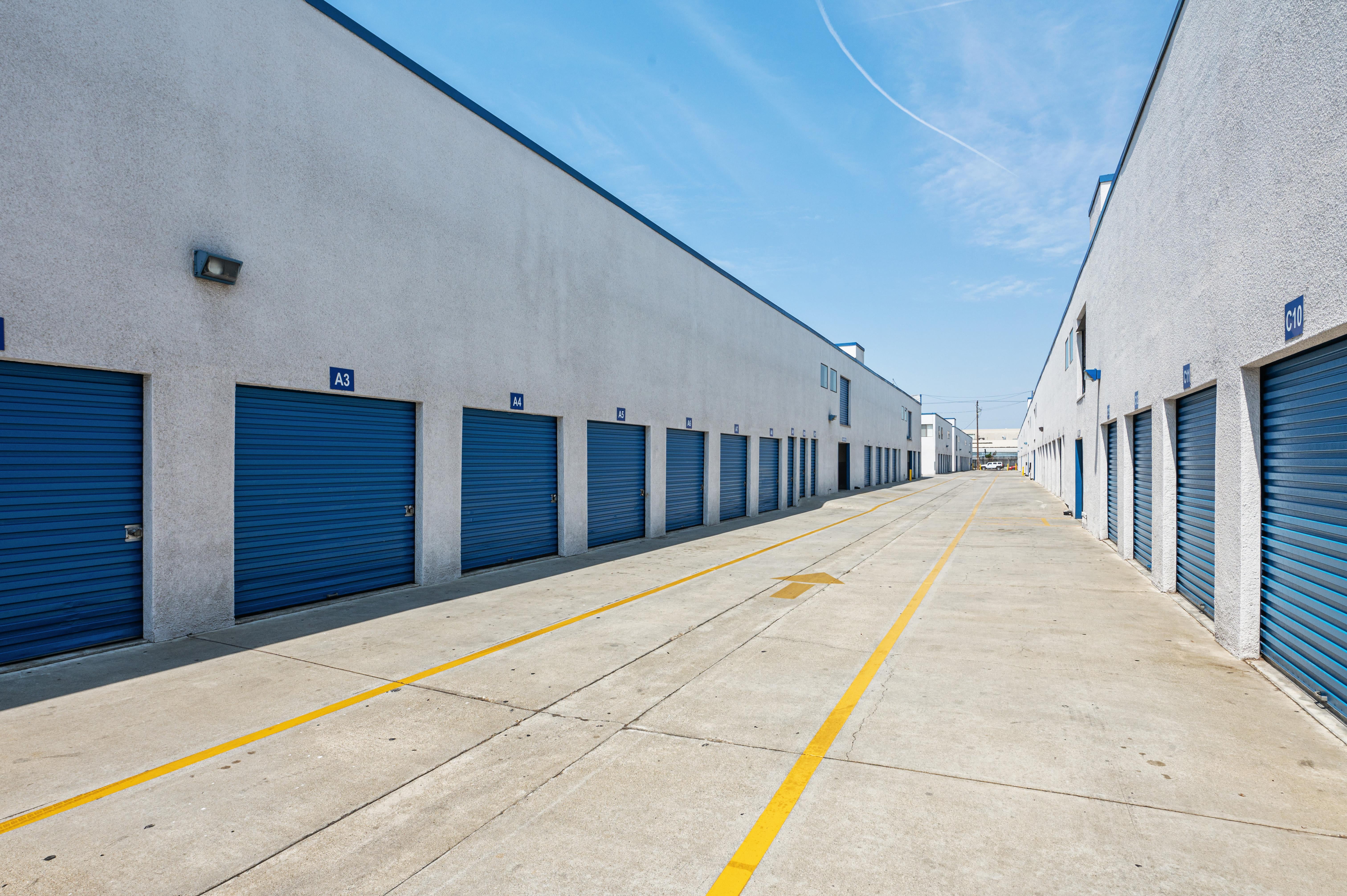 Easily Accessible Storage Units at Huntington Park Self Storage