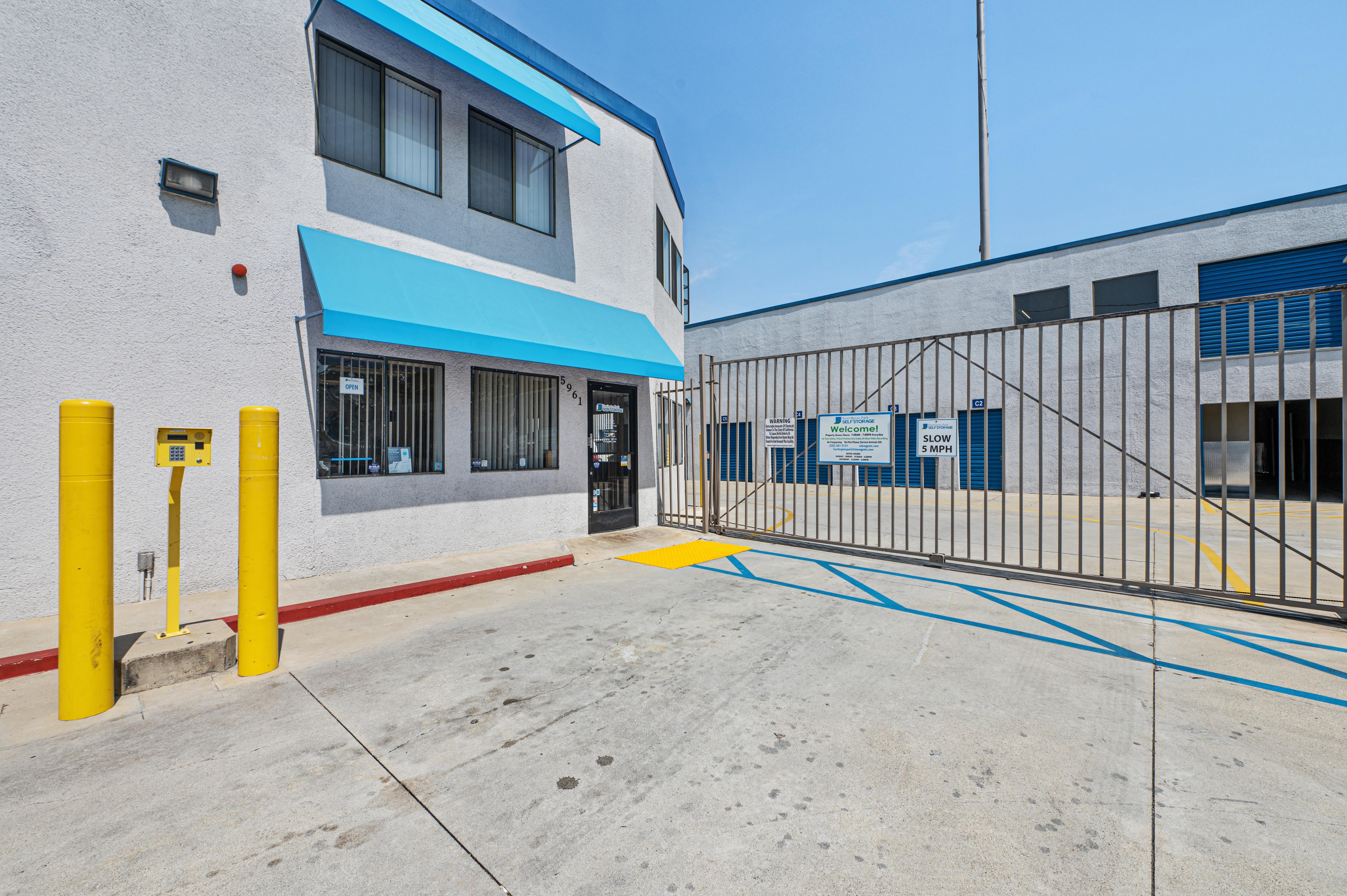 Storage facility entrance at Huntington Park Self Storage