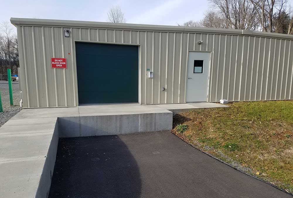 Winter's Storage offers a loading dock.