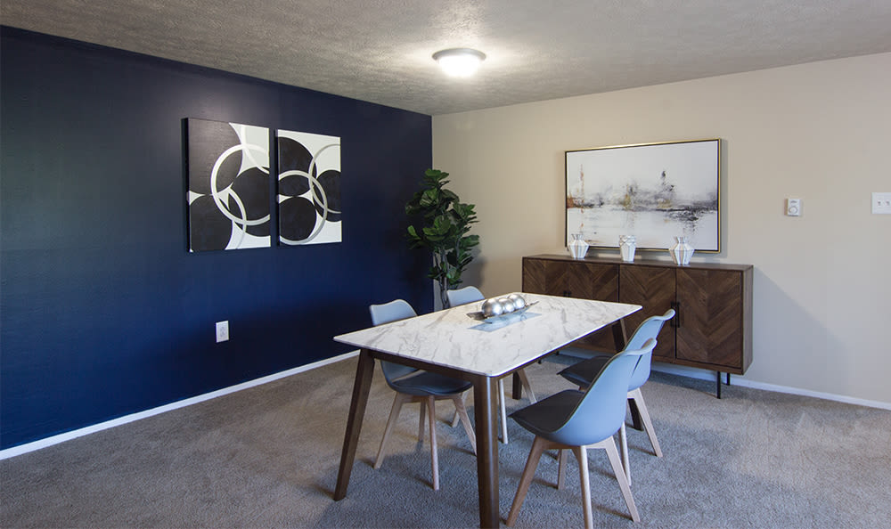 Great for entertaining dining area at Park Place of South Park in South Park, Pennsylvania