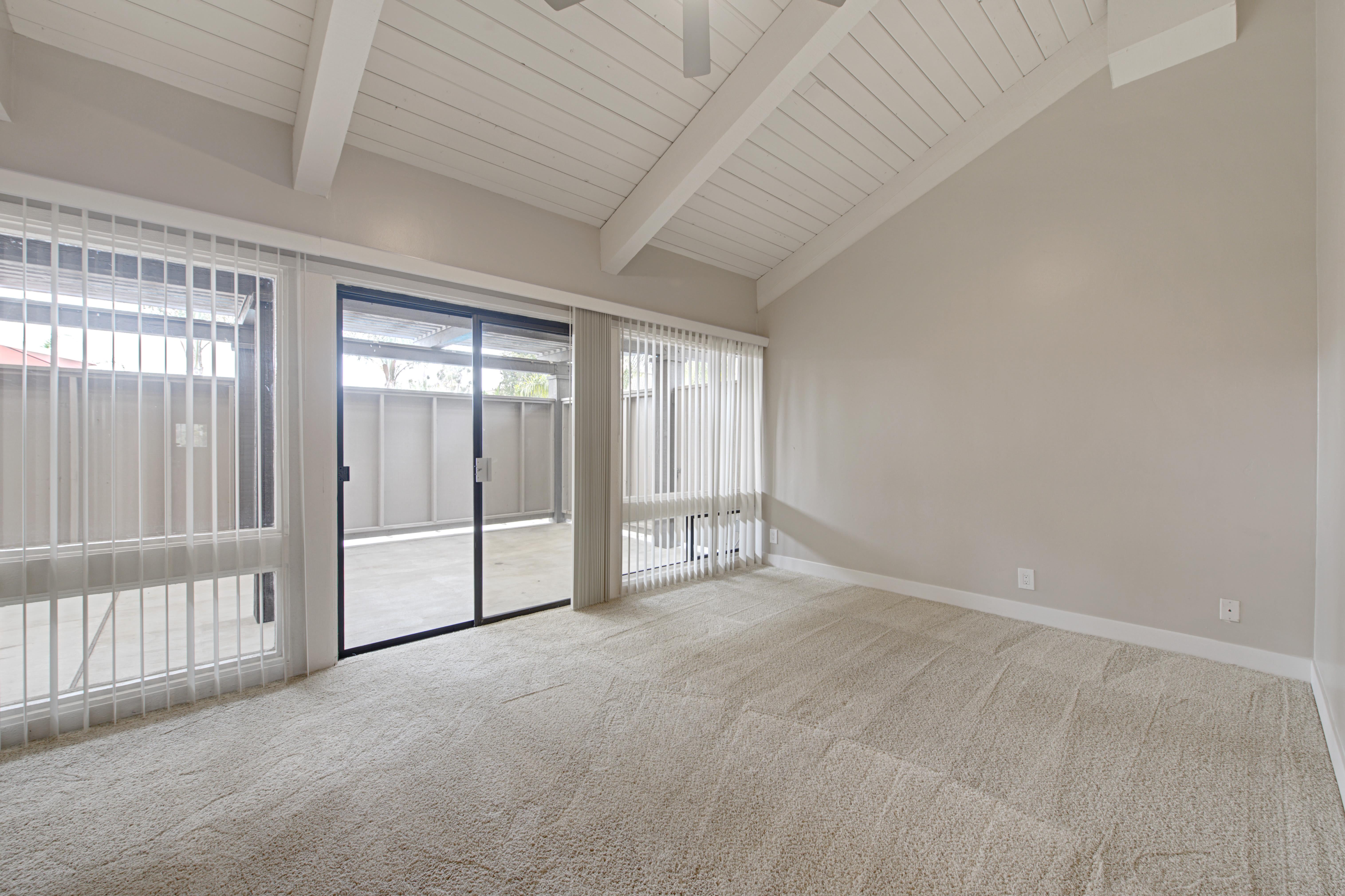 Master bedroom with slider at Sofi Ventura