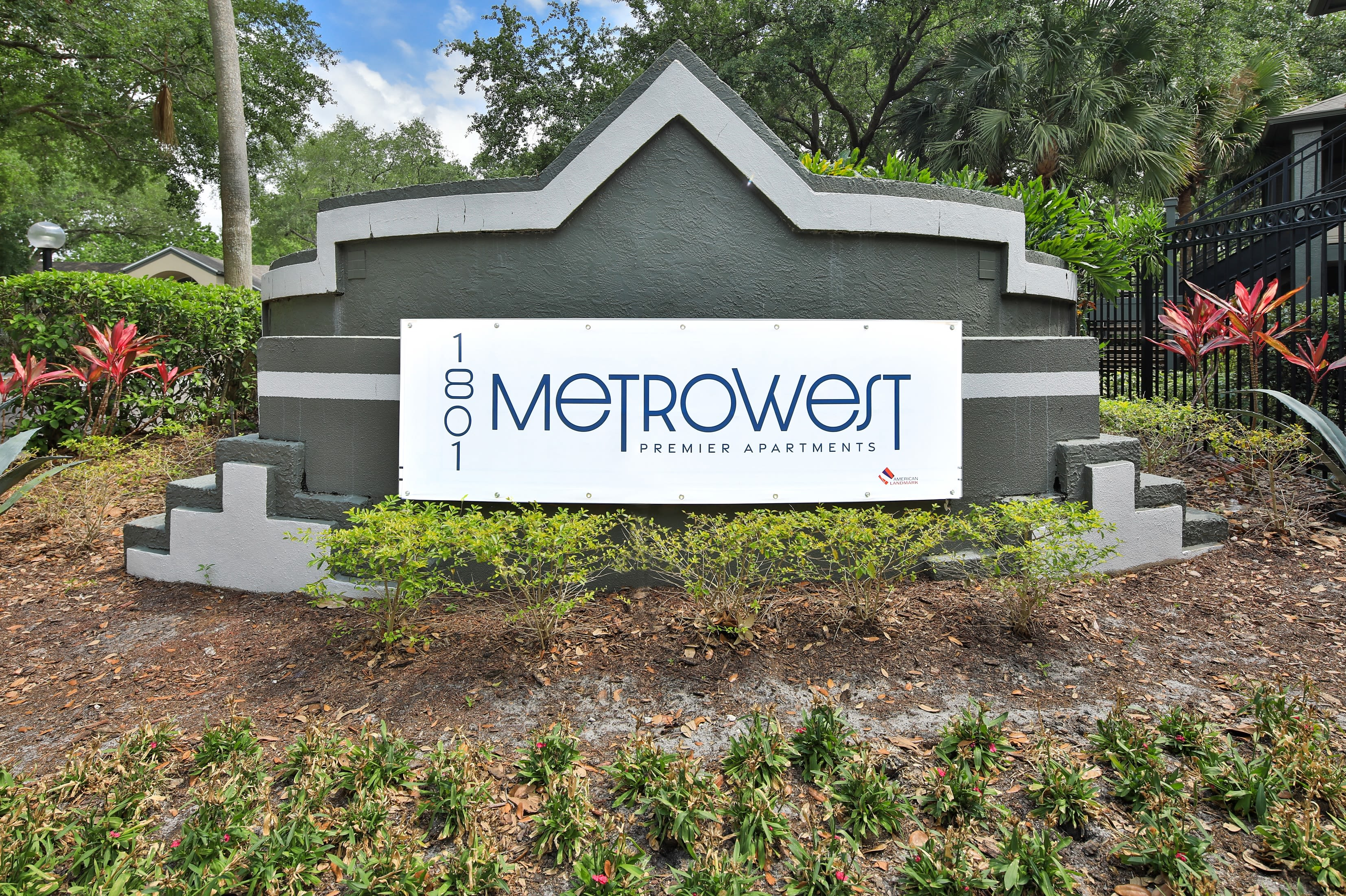 An entry sign at 1801 MetroWest in Orlando, Florida