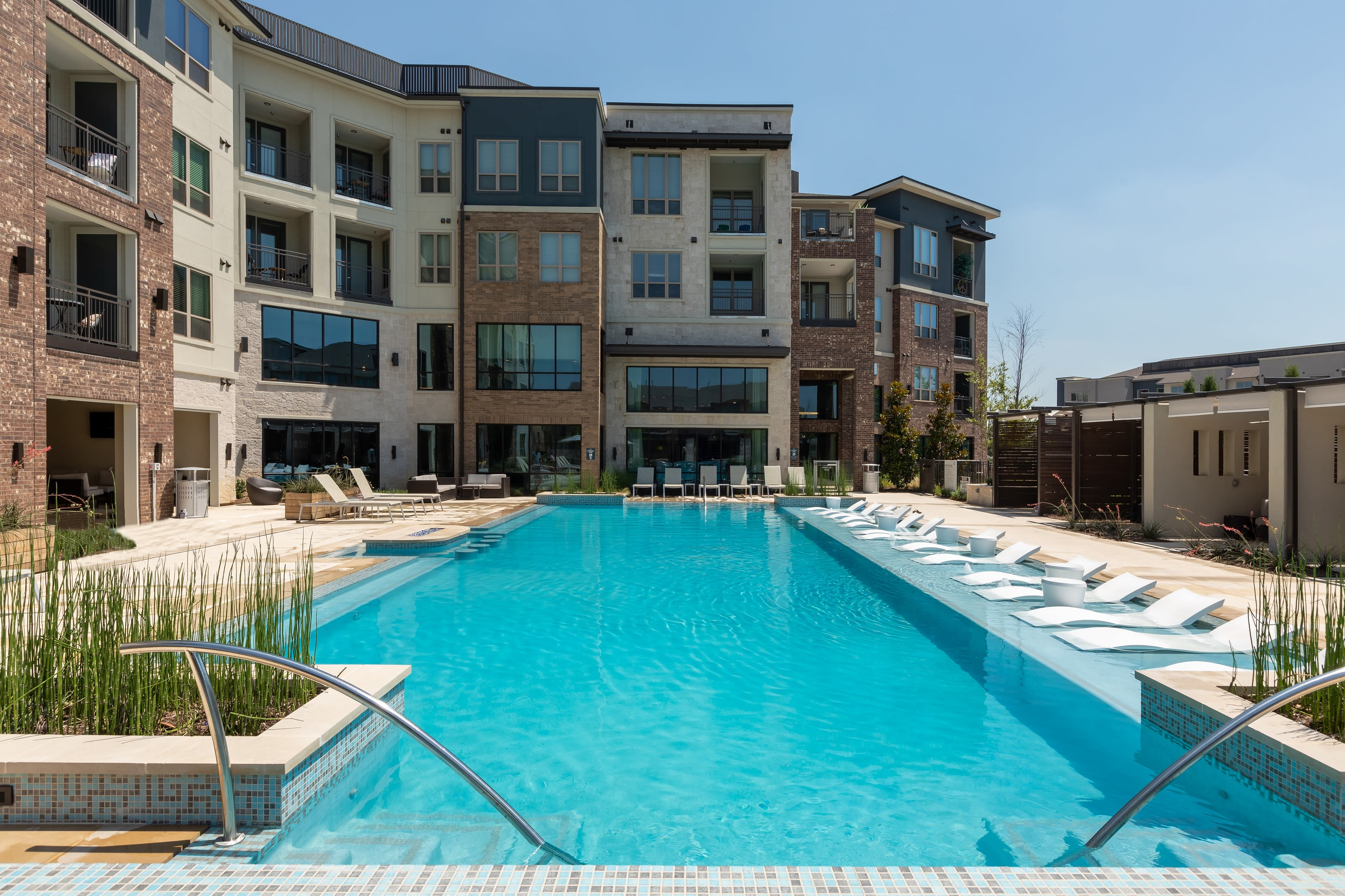 Large pool area at Domain at Founders Parc in Euless, Texas