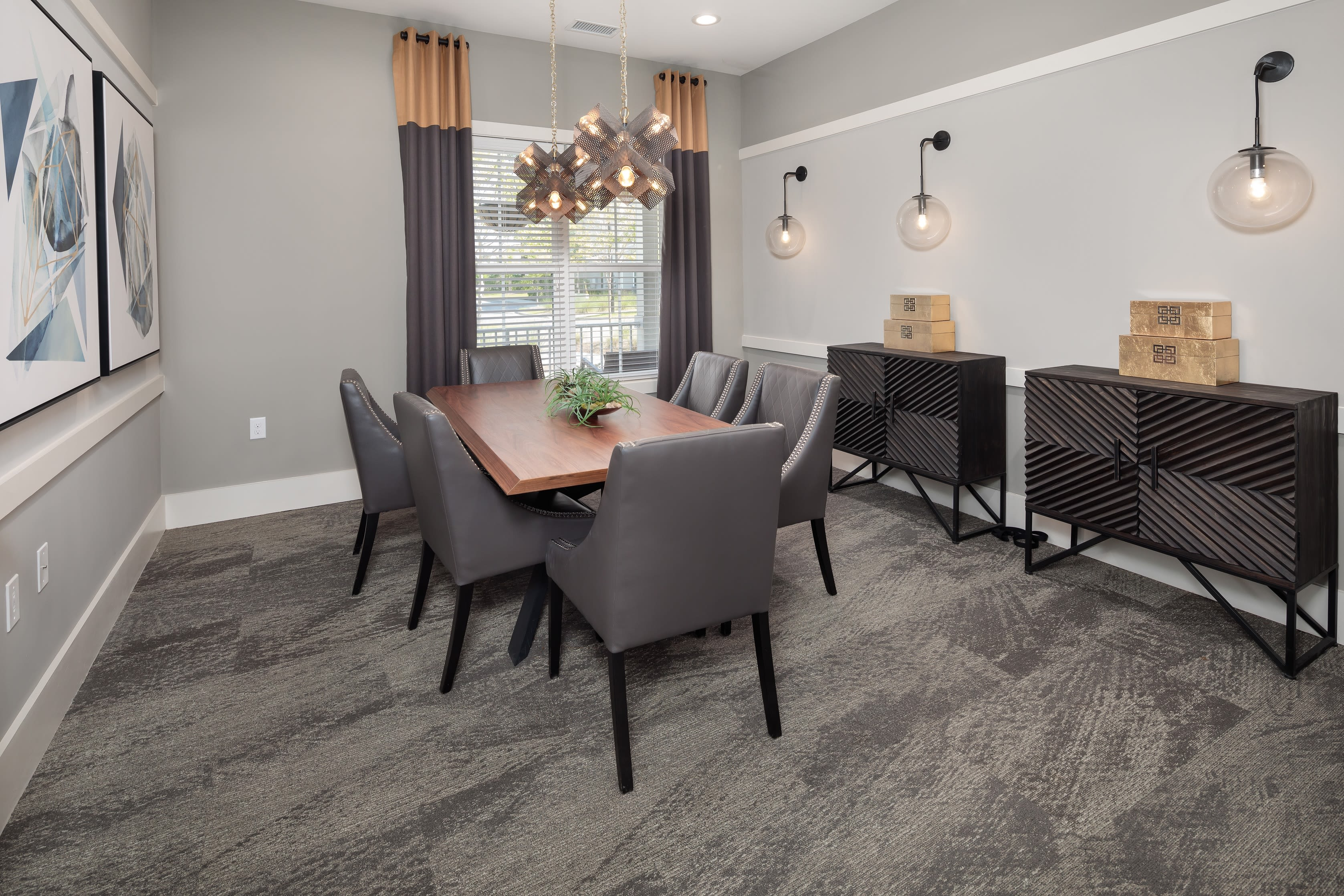 A meeting area for residents at The Isaac in Summerville, South Carolina