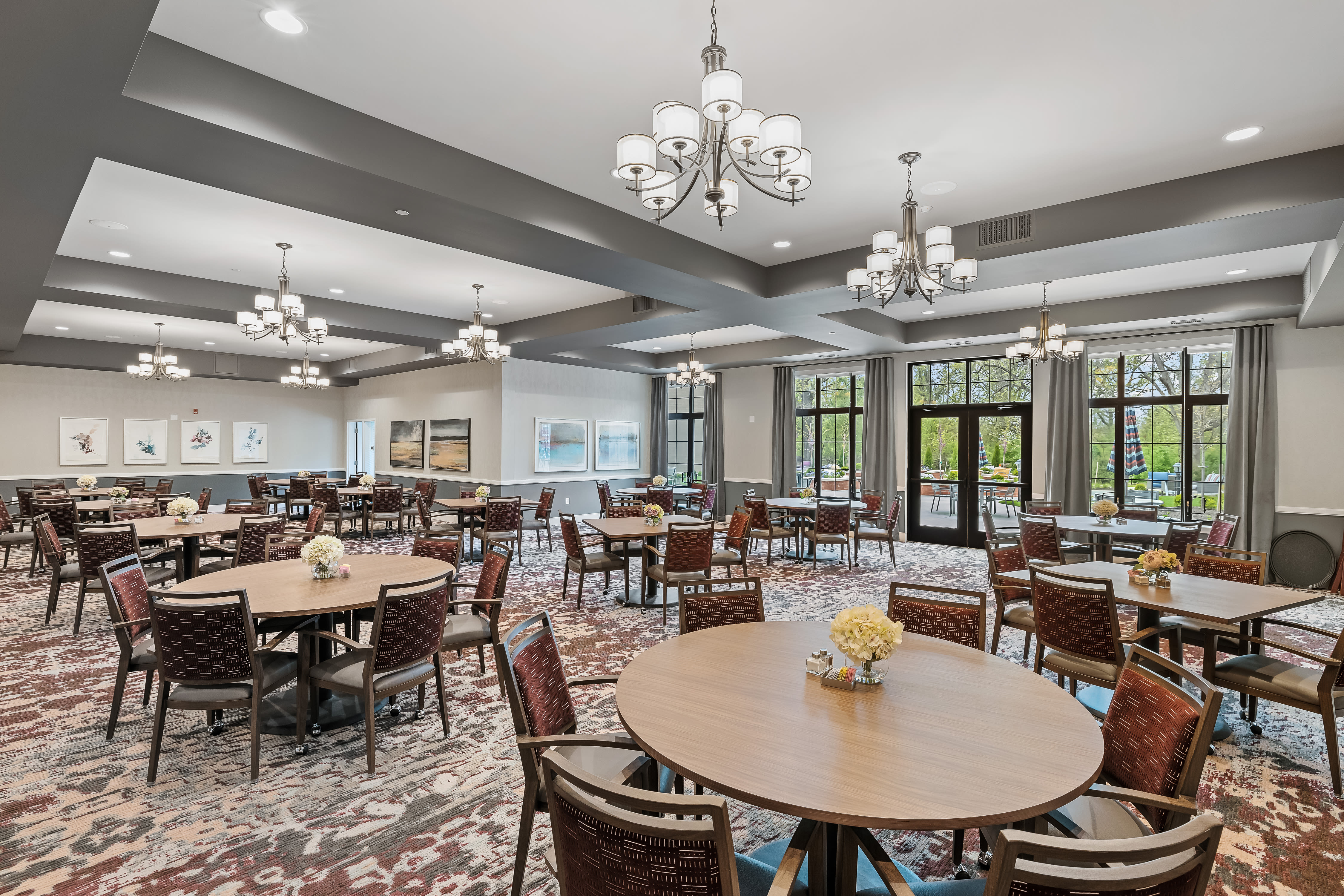 A large assisted living dining room at Anthology of Midlothian in North Chesterfield, Virginia