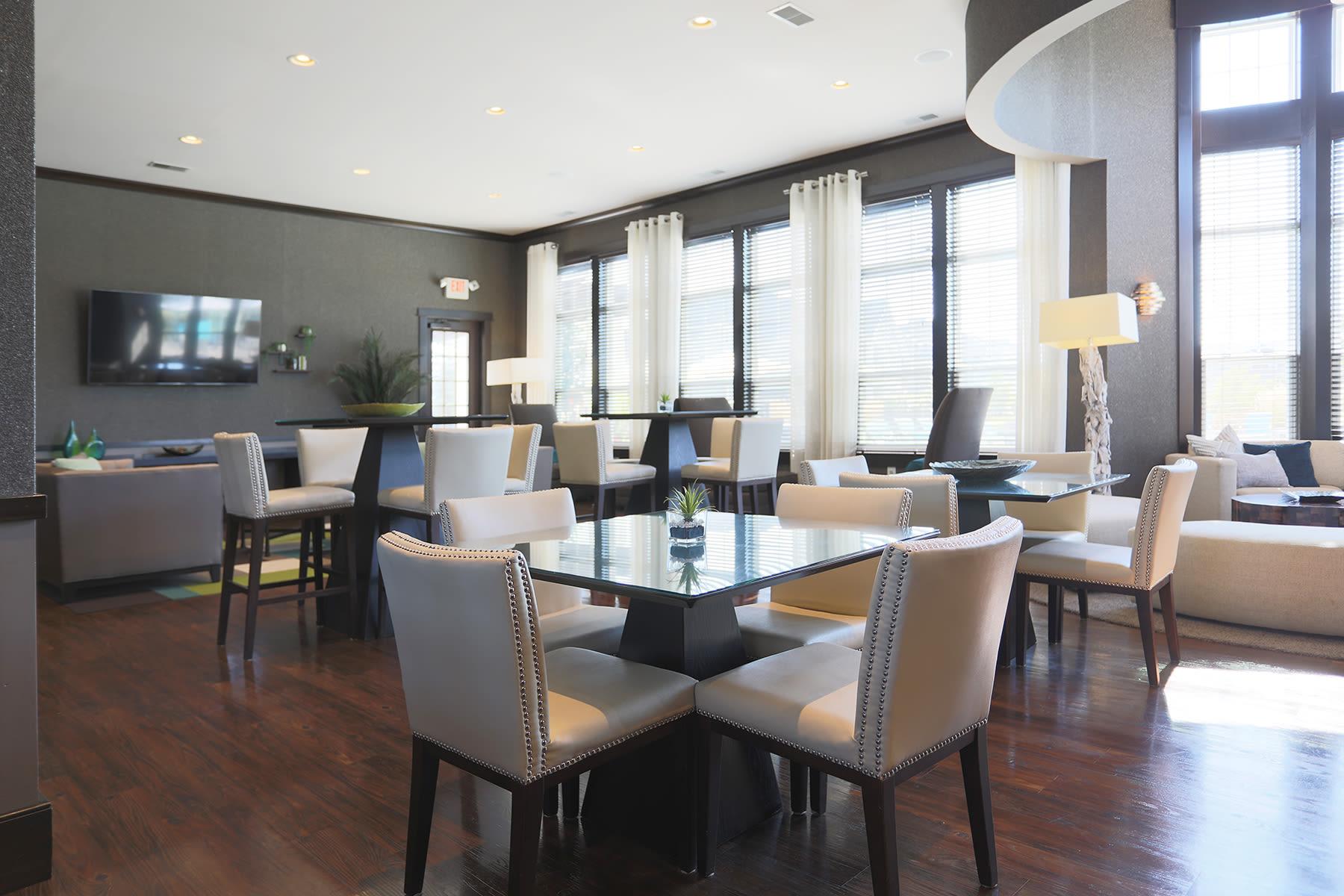 Lobby view at Palmera Apartments in Mason, Ohio