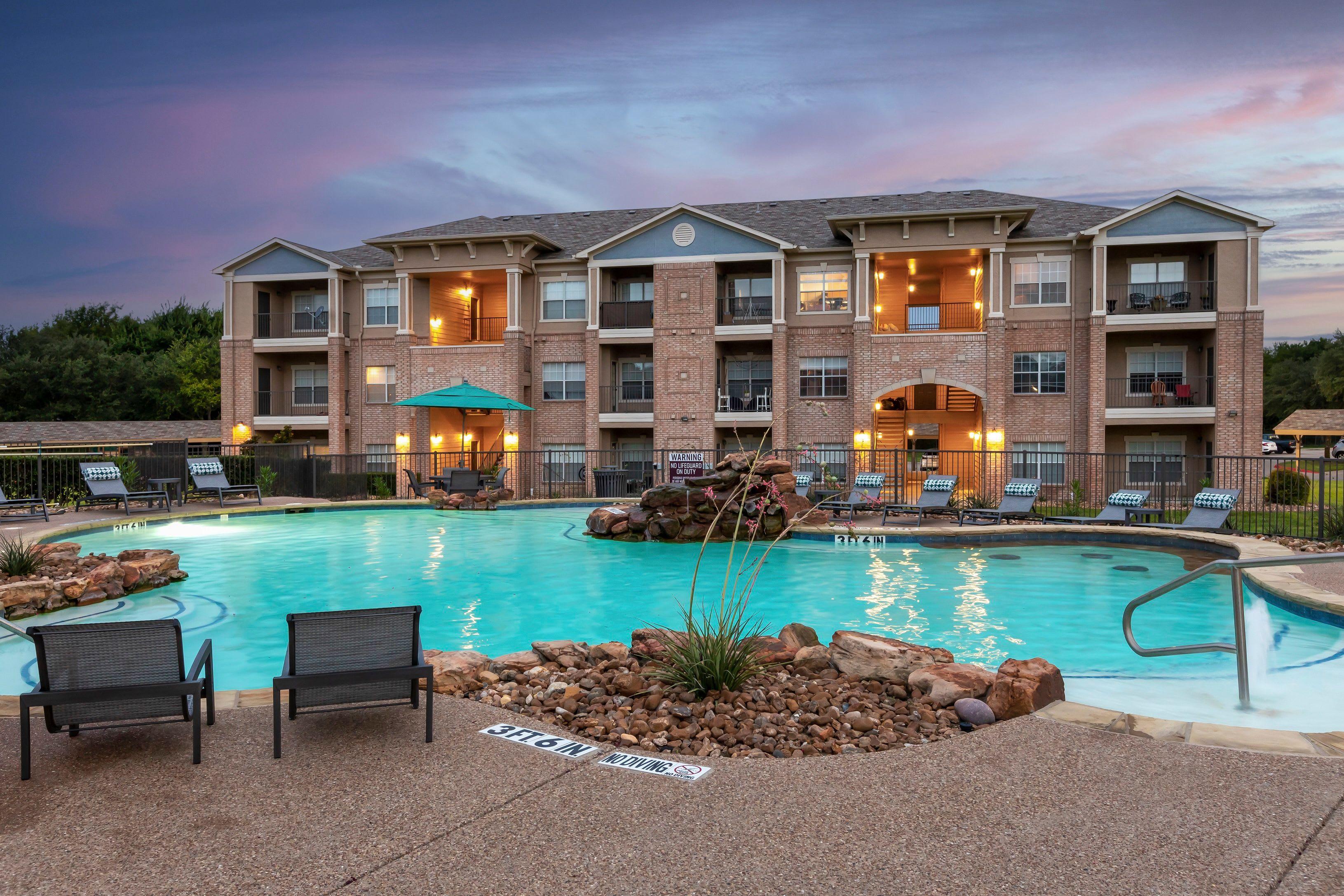 Apartments at Ranch at Hudson Xing in McKinney, Texas