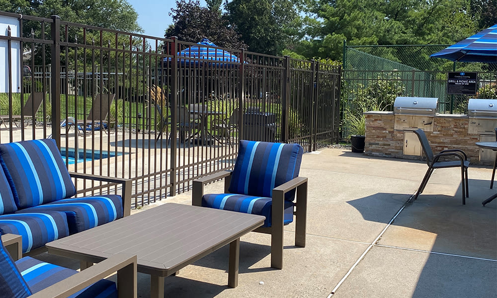 Relaxing grilling station at Cranbury Crossing Apartment Homes in East Brunswick, New Jersey