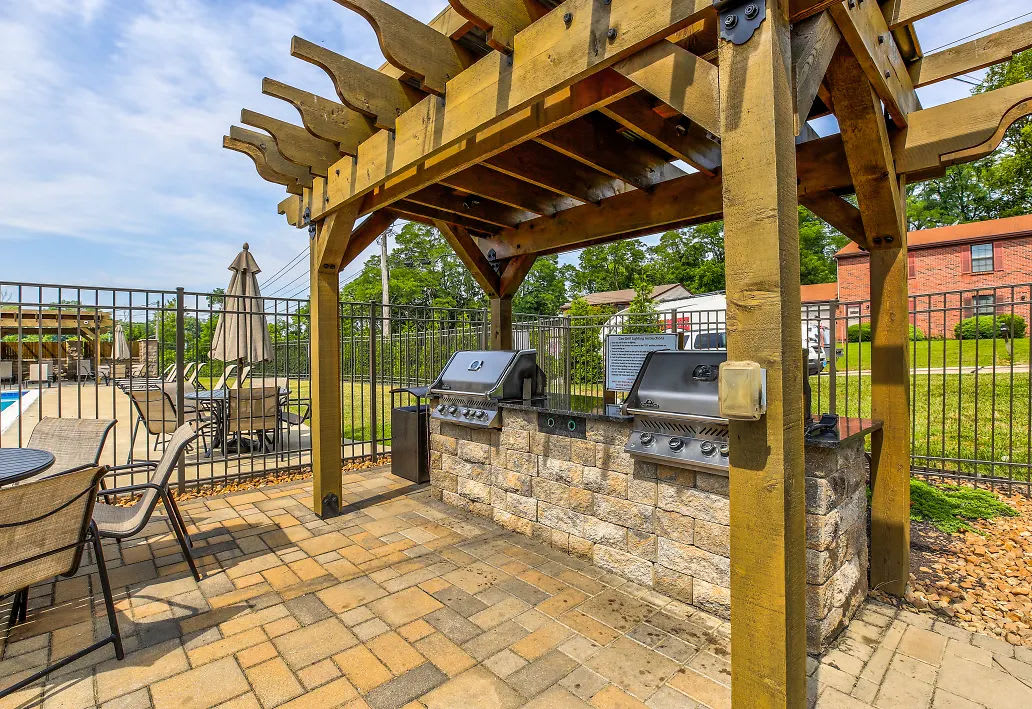 The poolside BBQ station at Four Seasons Apartments in Erlanger, Kentucky