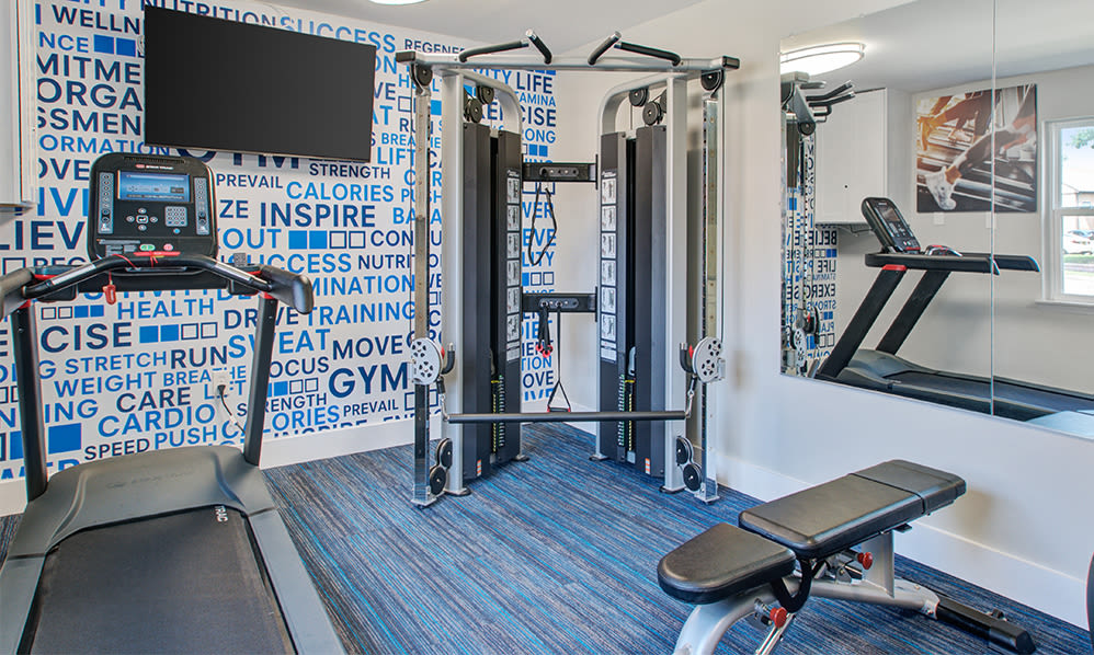 Fitness center at Sherwood Village Apartment & Townhomes in Eastampton, New Jersey