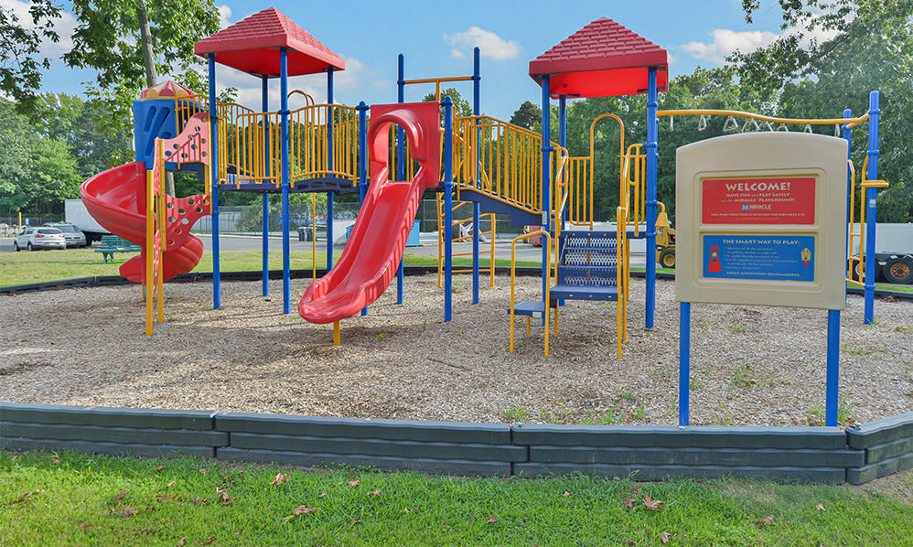Enjoy apartments with a playground that is great for entertaining at Eatoncrest Apartment Homes