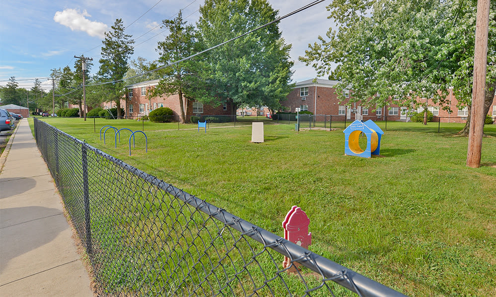 Dog park at Eatoncrest Apartment Homes in Eatontown, New Jersey