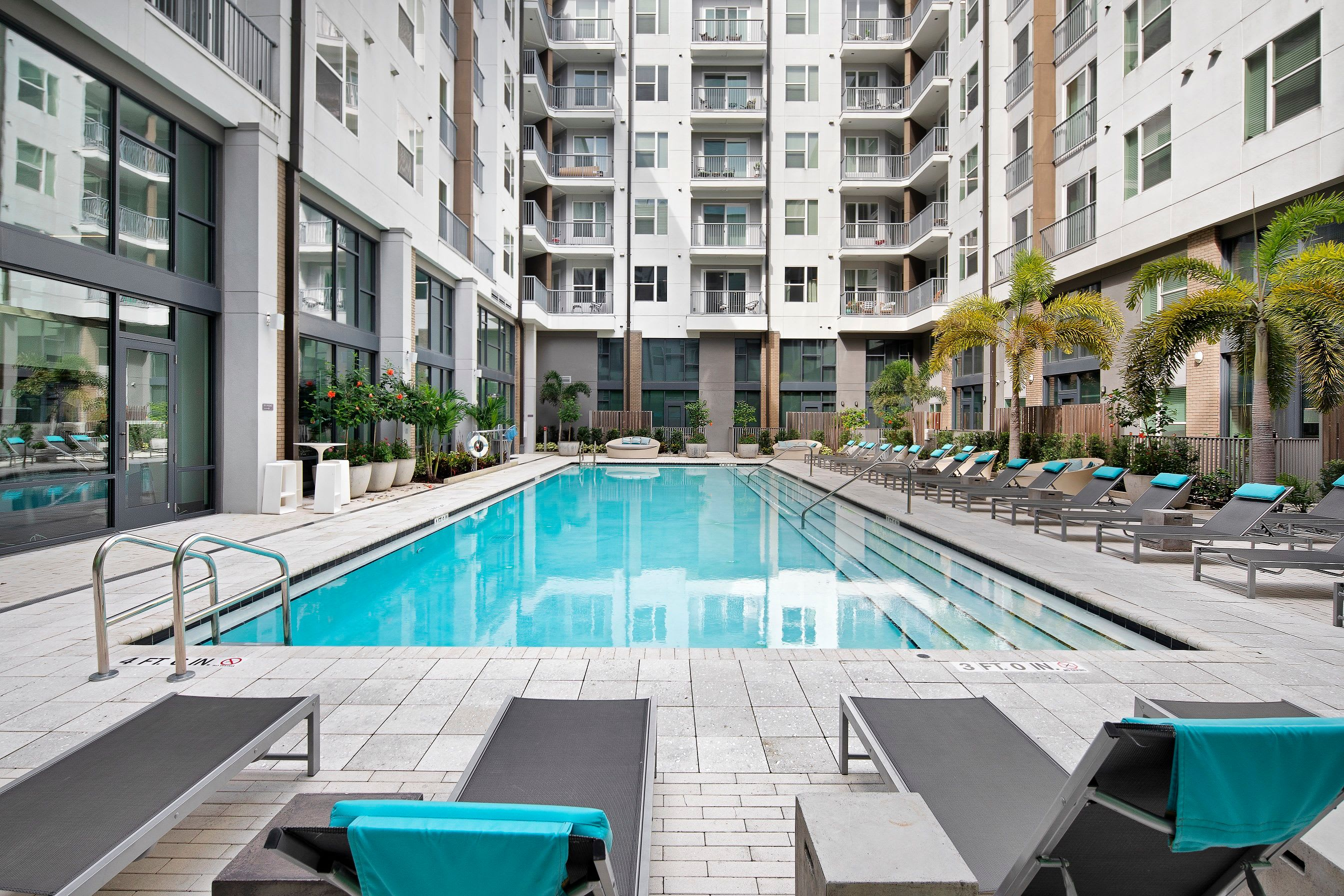 Apply to live at Central Station on Orange in Orlando, Florida