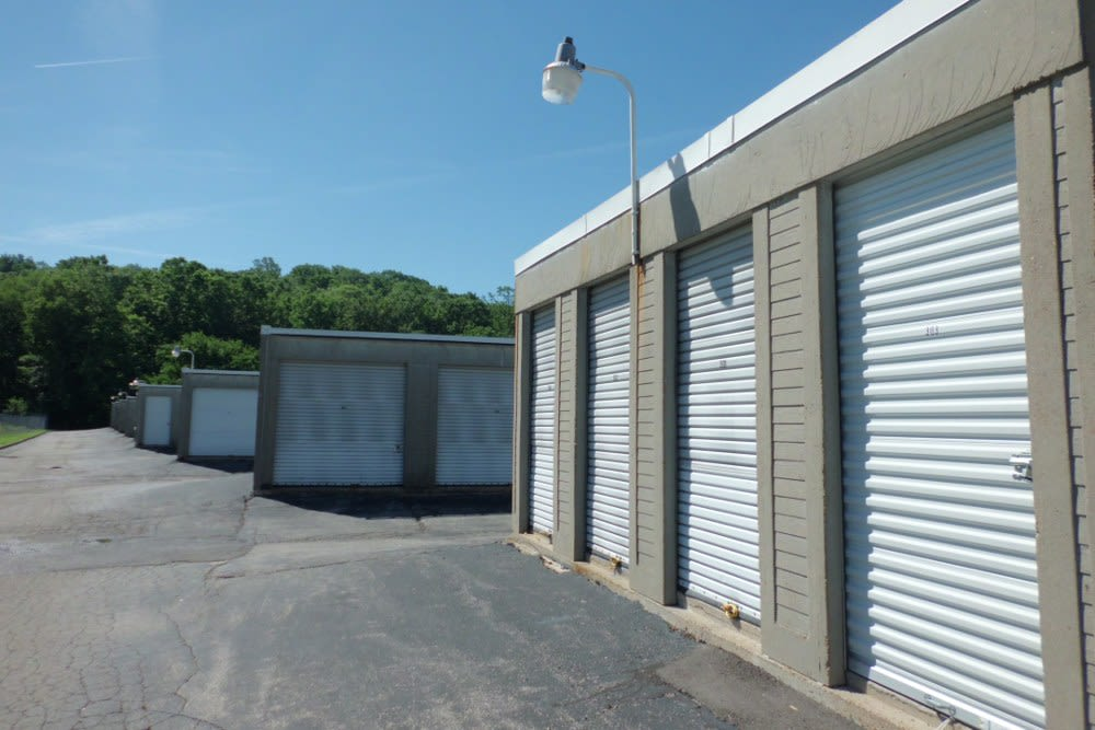 Units at A Storage Inn - Fenton in Fenton