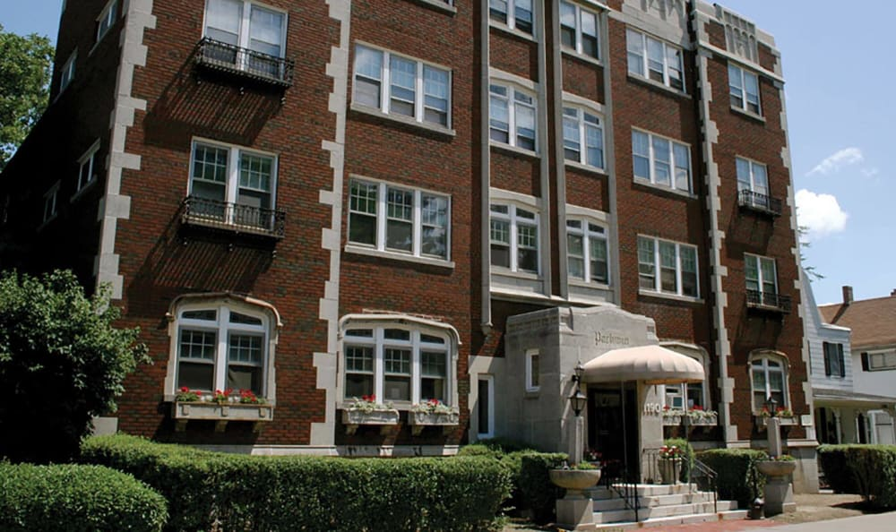 Exterior of Parkwin Apartments in Rochester, New York
