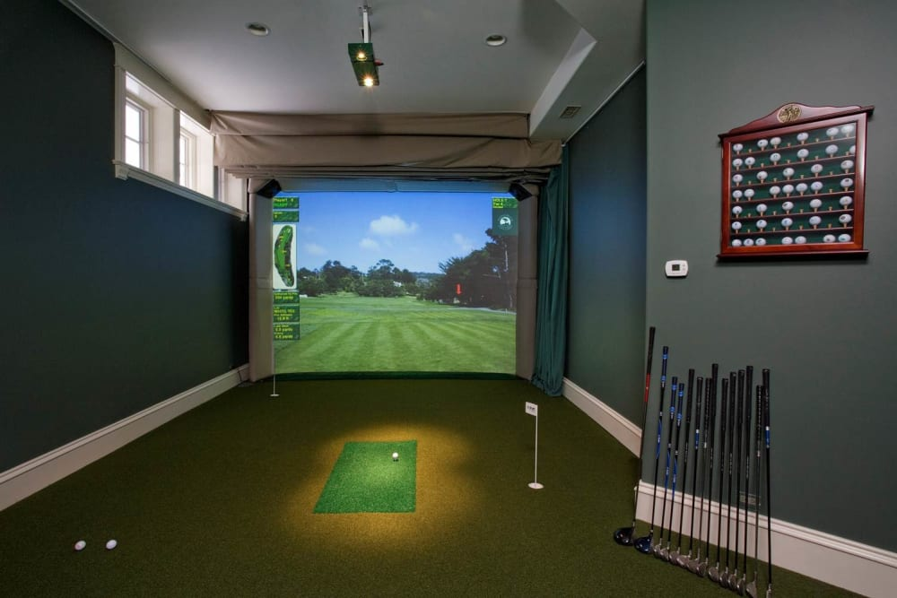 Virtual golf at Affinity at Southpark Meadows