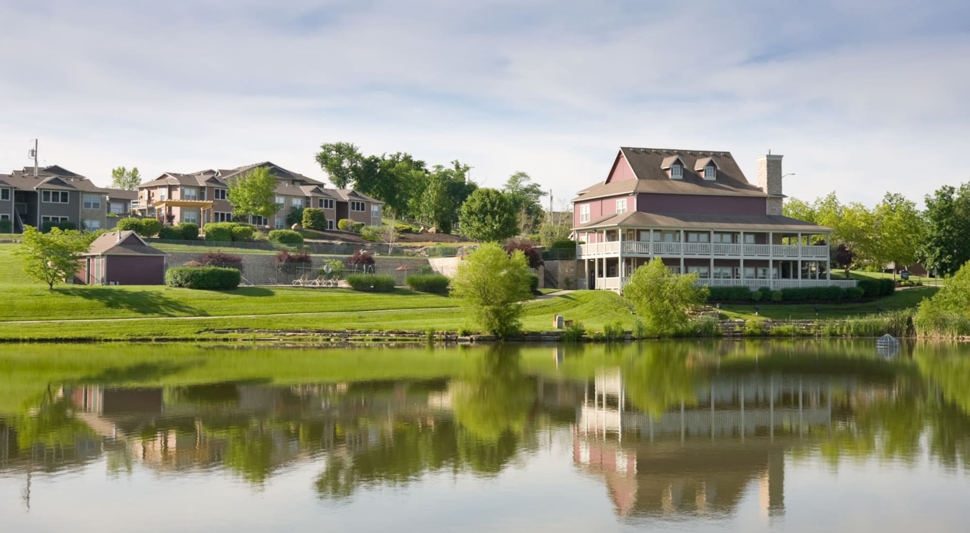 Apply to live at Timber Lakes Apartment Homes in Kansas City, Missouri