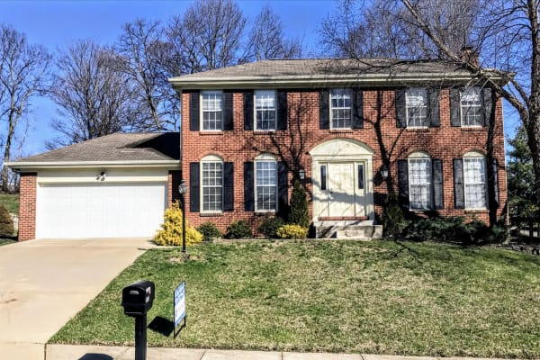 Available single family home in Villa Hills, KY