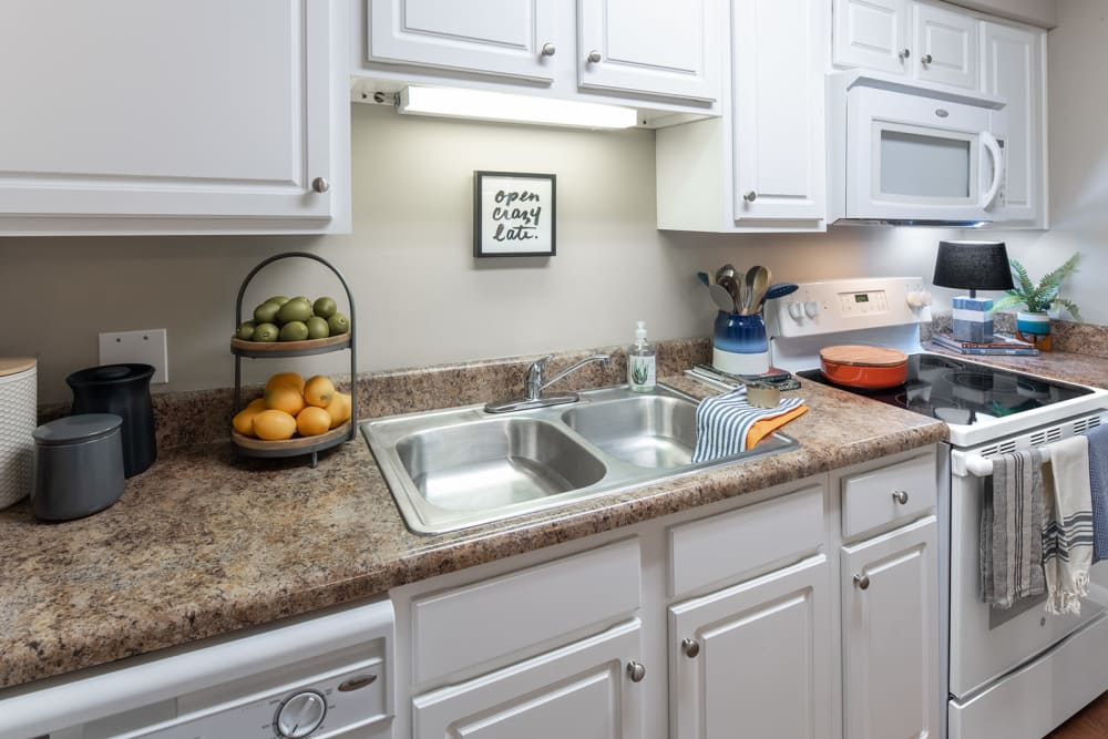 Modern kitchen at Eagles West Apartments in