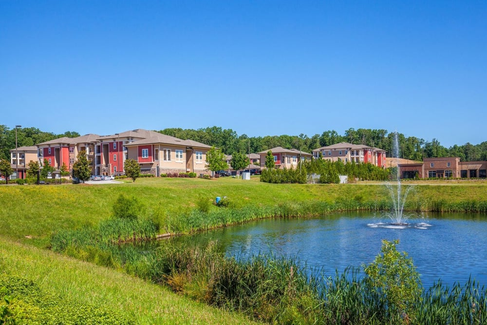 Beautiful pond at Integra Hills Preserve Apartments in Ooltewah, TN