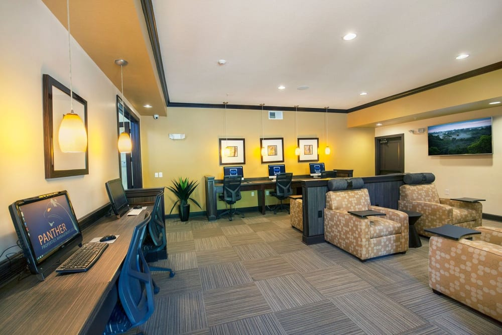 Business center at Integra Hills Preserve Apartments in Ooltewah, Tennessee