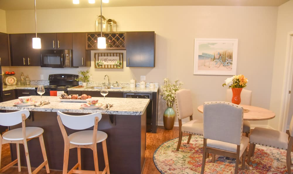 Kitchen and dining area at Springs at Port Charlotte in Port Charlotte
