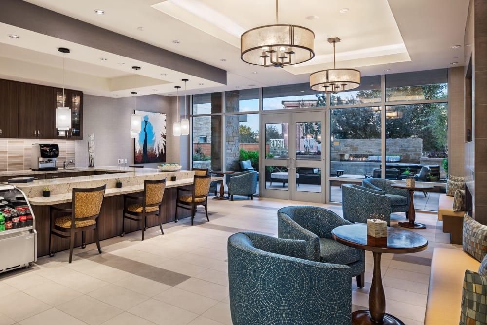 coffee bar with lounge seating