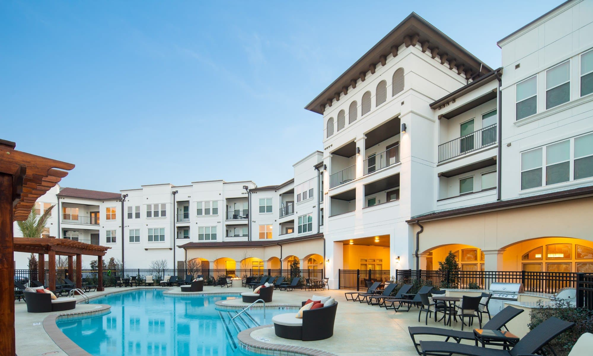 Apartments at The High Grove in Baton Rouge, Louisiana