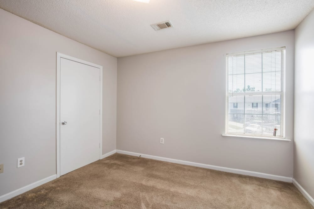 Park Place has large bedrooms in Jackson, Tennessee