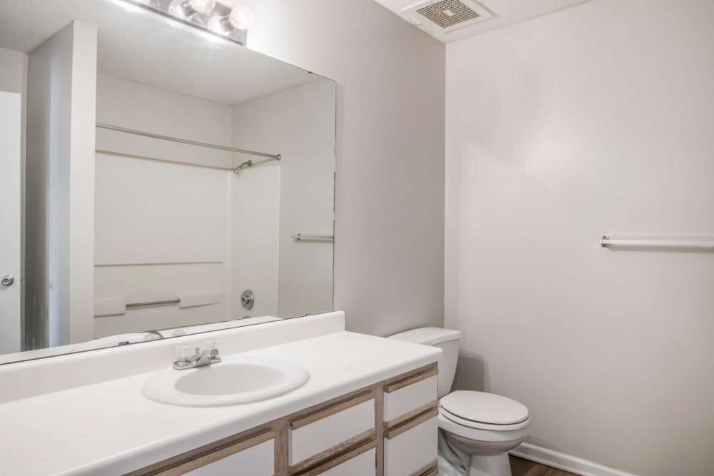 Spacious bathrooms at Park Place in Jackson, Tennessee