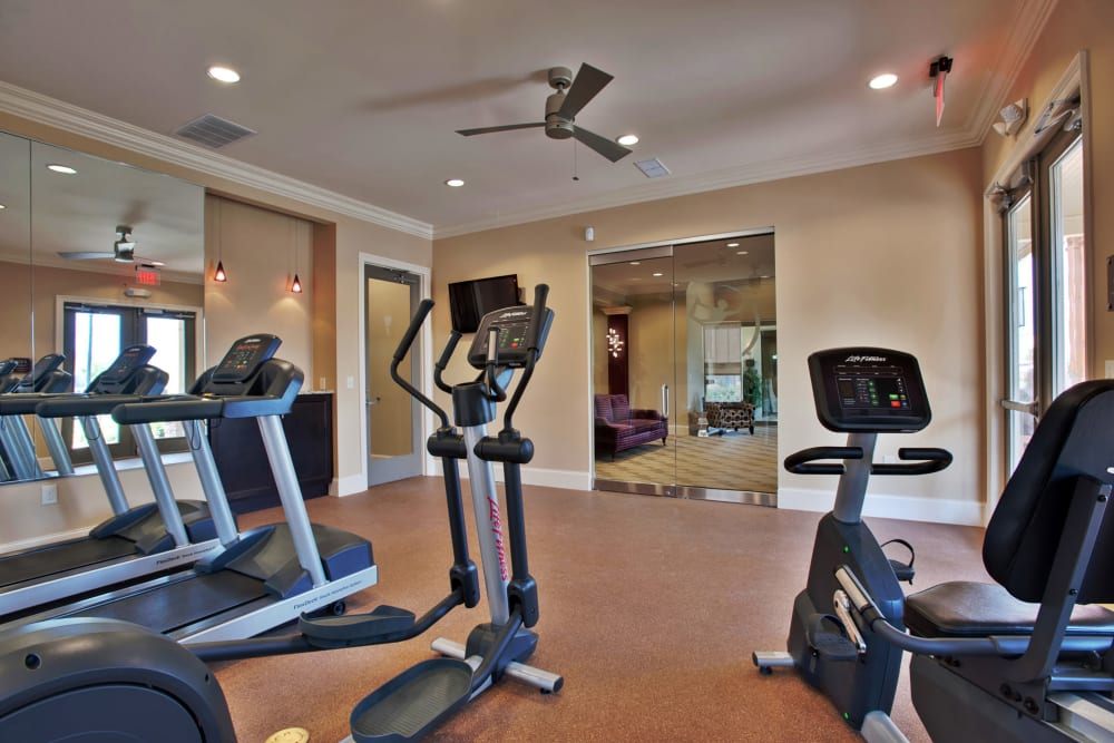 Stay healthy in the Richland Falls fitness center in Murfreesboro, Tennessee