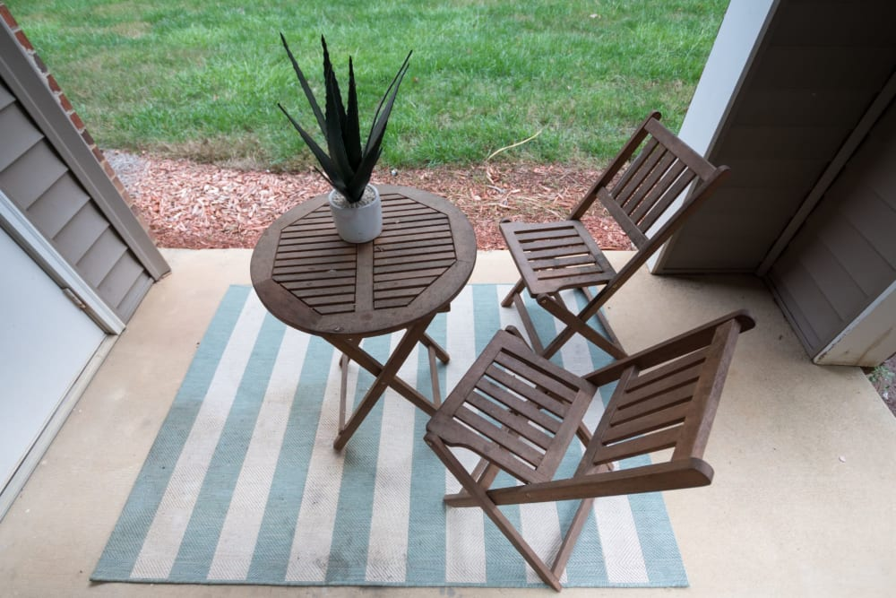 Private patio at Palmetto Place in Fort Mill, South Carolina
